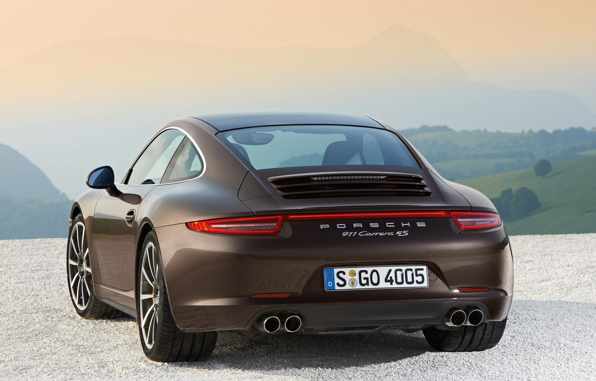 new porsche 911 carrera 4 carrera 4s awd models introduced autoevolution. Black Bedroom Furniture Sets. Home Design Ideas