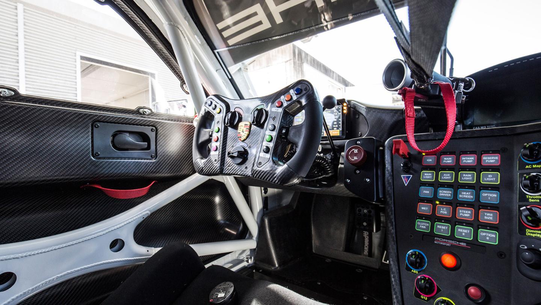 New Porsche 911 GT3 R Is a GT3 RS Customer Racecar with ...