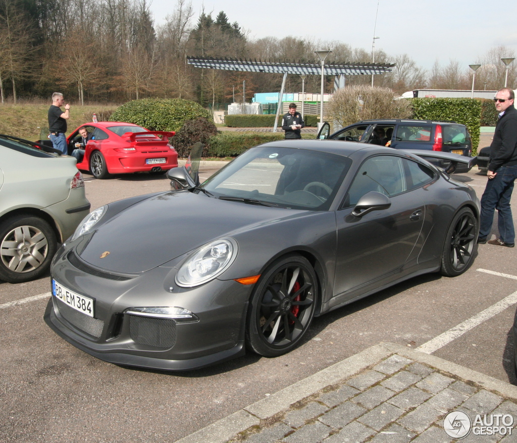 New Porsche 911 Gt3 Real Life Photos From France