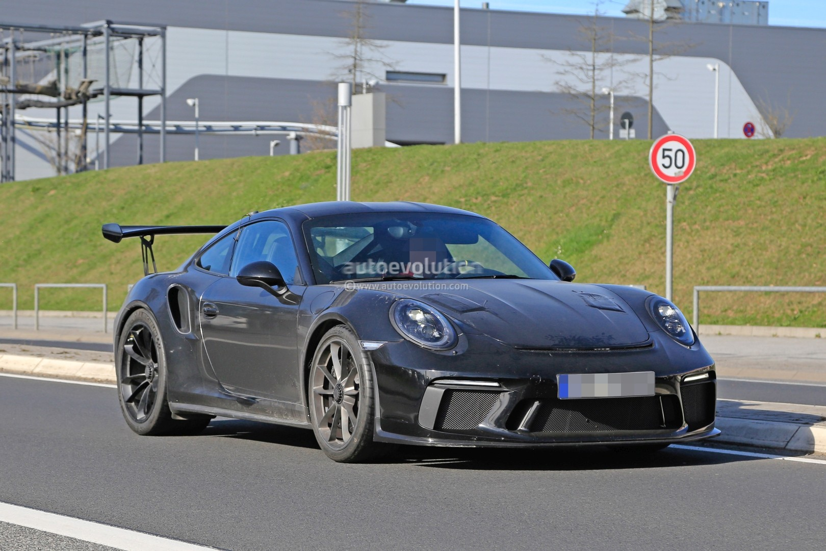 New Porsche 911 GT3 RS Spied with 911 R Diffuser, May Get 4.2L ... on blue green corvair, blue green mustang, blue green hummer, blue green camaro, blue green ford, blue green bmw, blue green jeep, blue green mazda, blue green miata, blue green trans am, blue green jaguar, blue green cadillac, blue green corvette, blue green sports car,