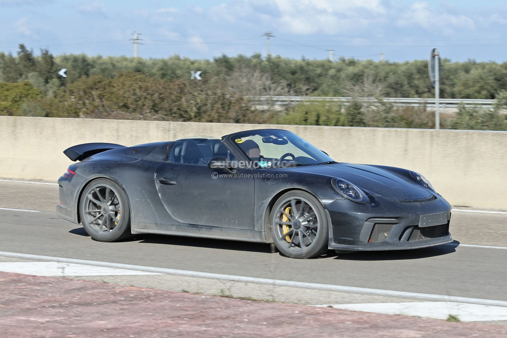 New Porsche 911 Speedster Spotted Testing With 2020 911