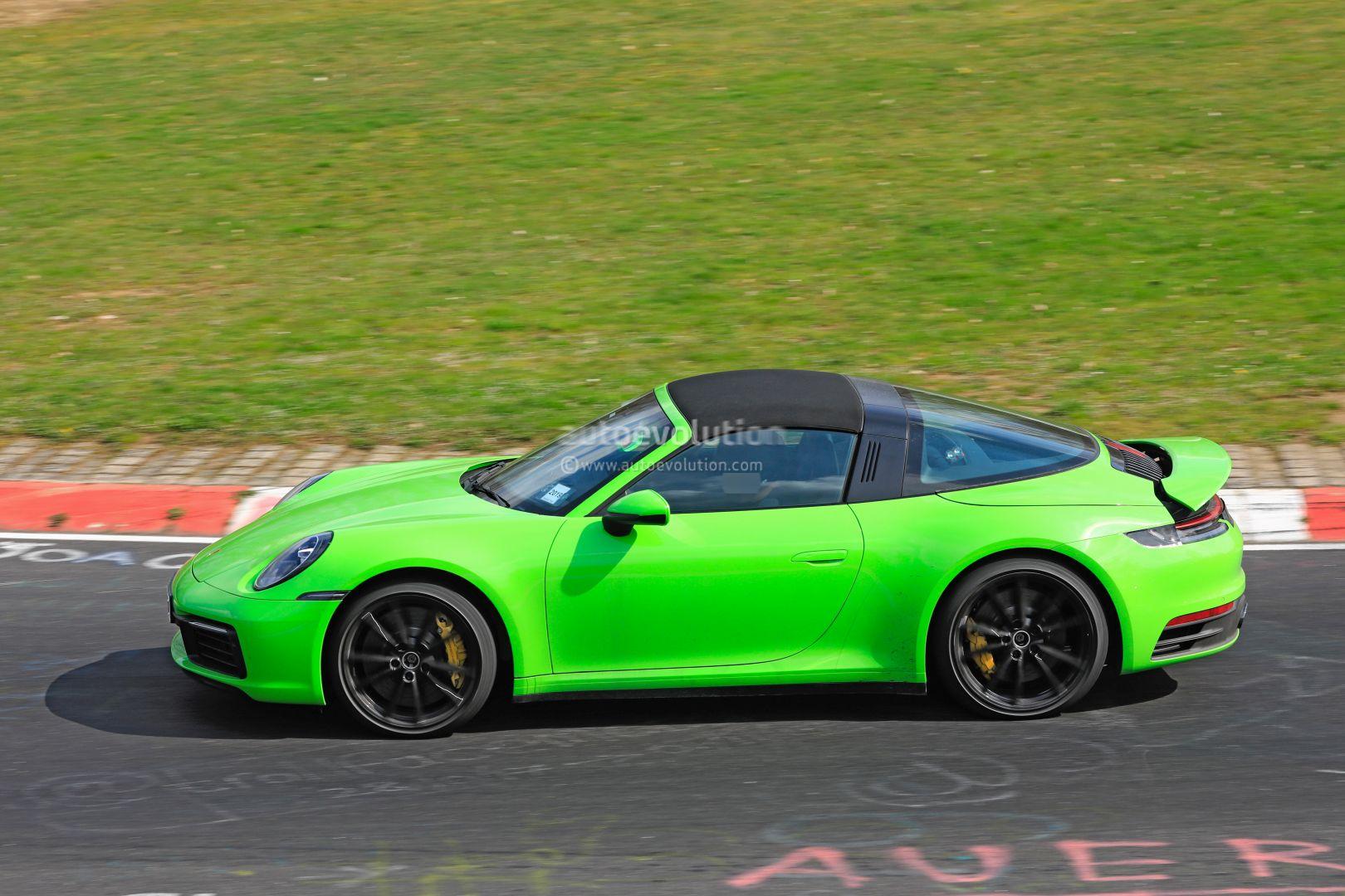 New Porsche 911 Targa 992 Spotted On Nurburgring Turbo Targa Rumors Grow Autoevolution