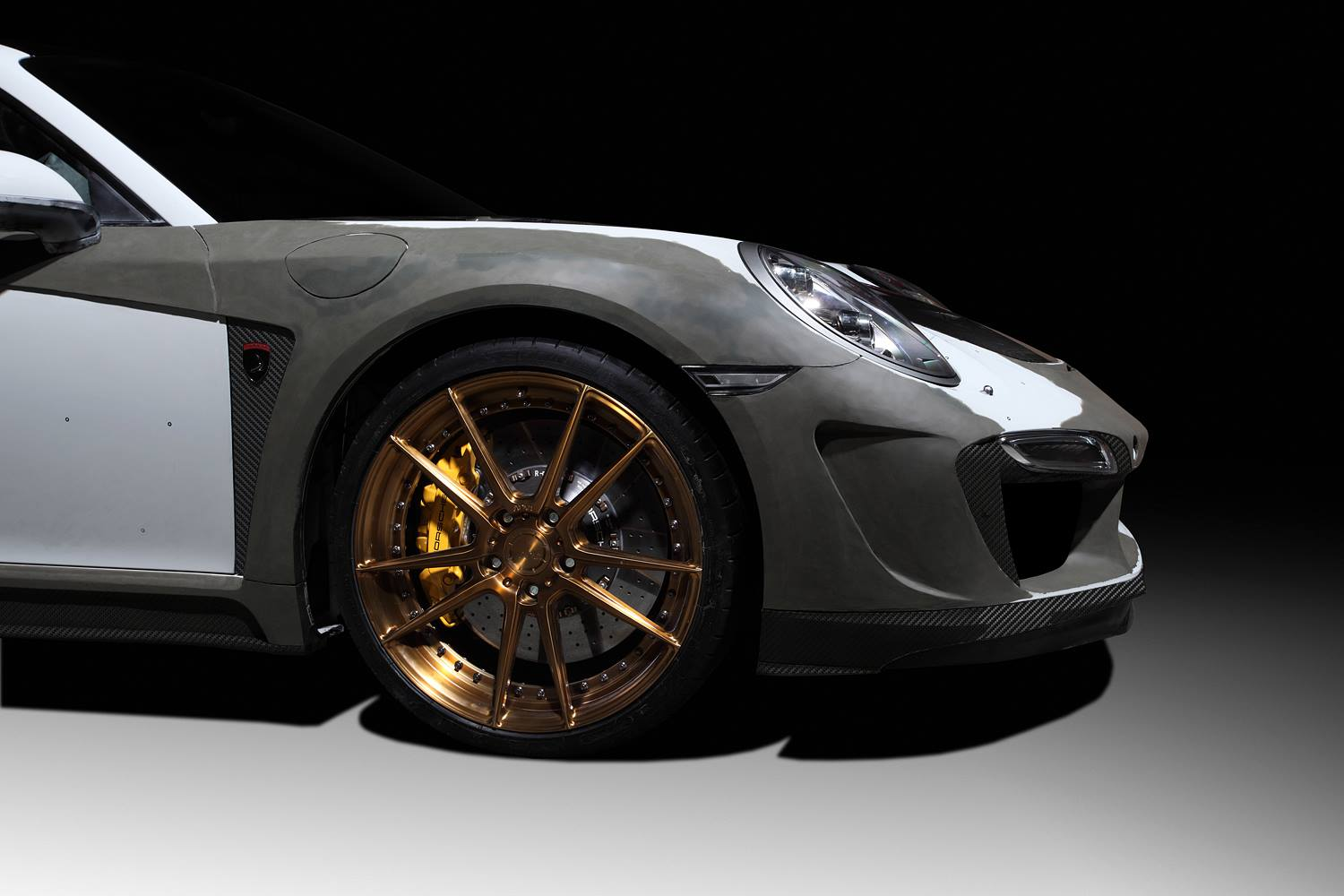 New porsche 911 turbo singer gtr tuning project announced by topcar