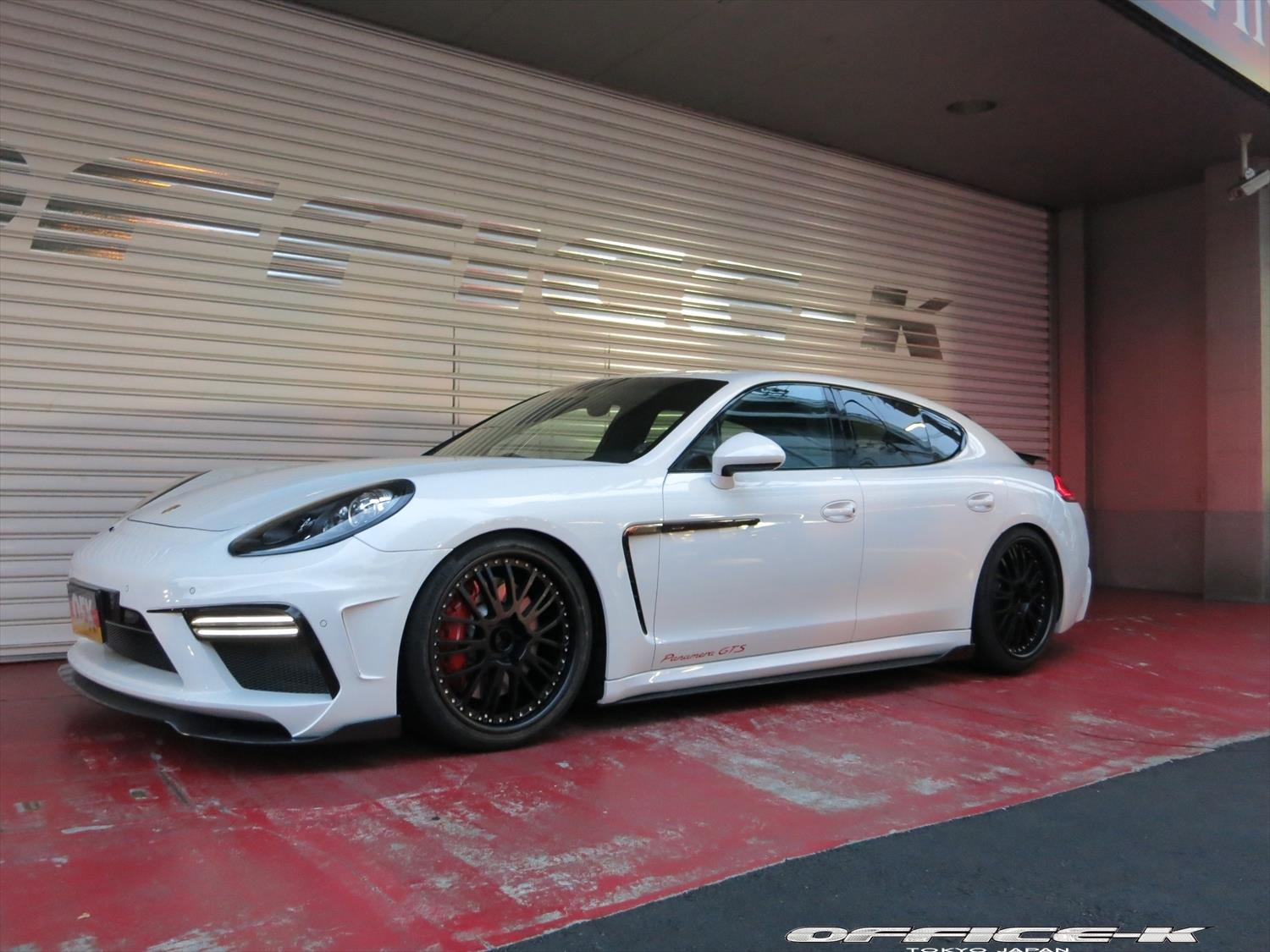 new porsche panamera gts customized by office k in japan. Black Bedroom Furniture Sets. Home Design Ideas