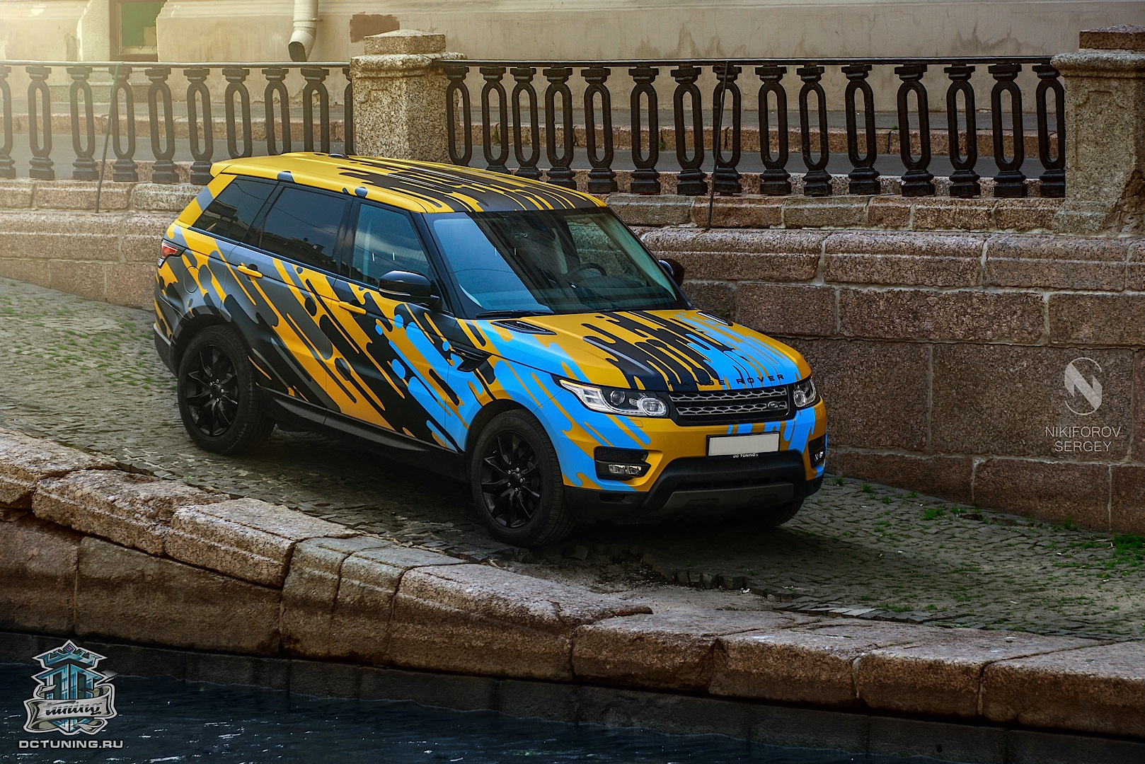 "Range Rover Sport Black >> New Range Rover Sport Gets Crazy ""Heat Wave"" Wrap from DC Tuning - autoevolution"