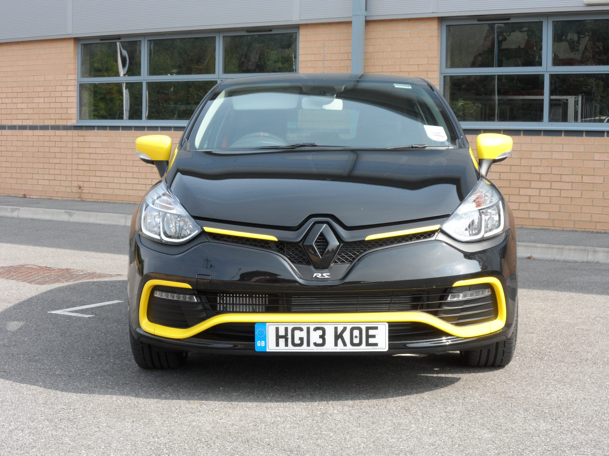 new renault clio rs 200 edc gets k tec exhaust video. Black Bedroom Furniture Sets. Home Design Ideas