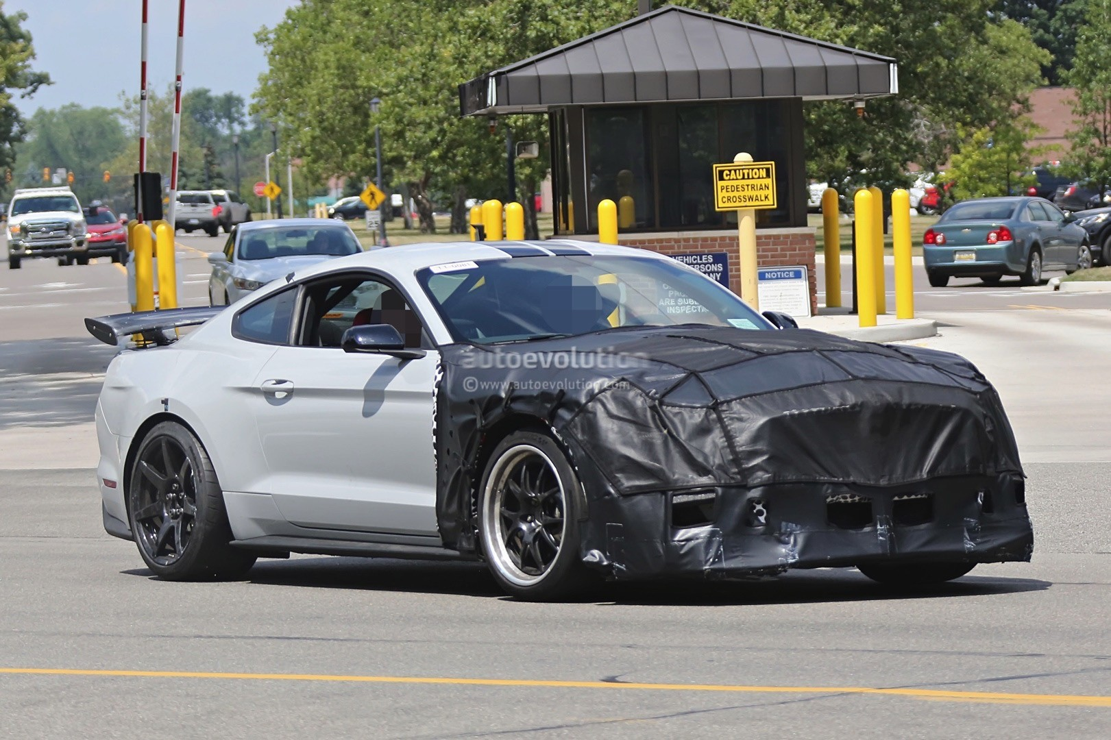 2018 Ford Mustang Shelby Gt500 Or Mach 1