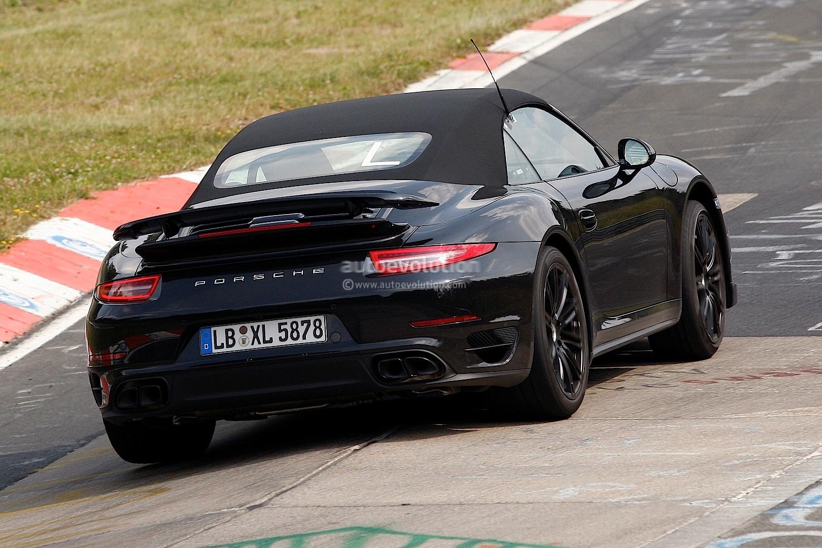 new spyshots show 2014 porsche 911 turbo s convertible autoevolution - 911 Porsche Turbo 2014