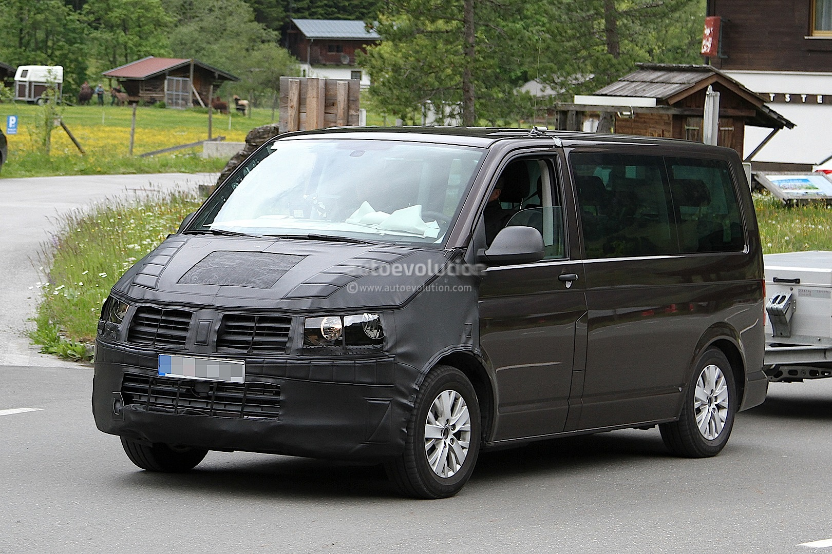 new t6 volkswagen transporter interior shown in latest. Black Bedroom Furniture Sets. Home Design Ideas