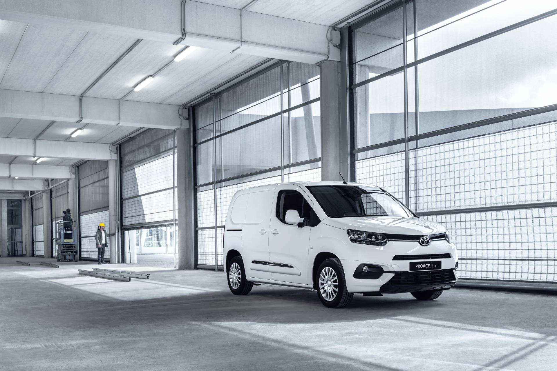 new toyota proace ev scheduled for 2020 - autoevolution