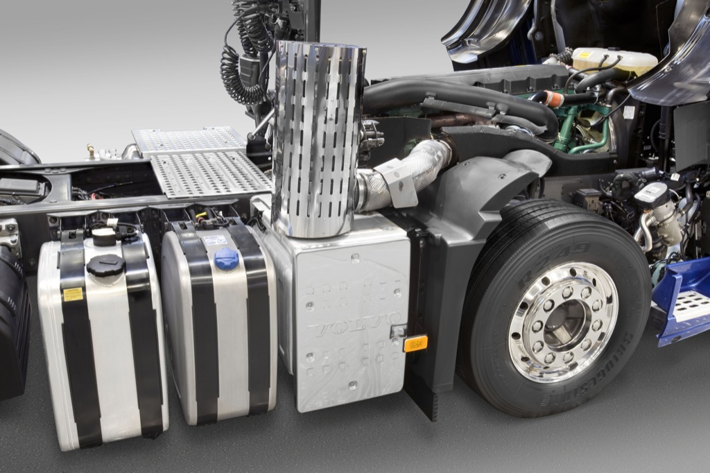 New Volvo Fm Methanediesel Launched Autoevolution