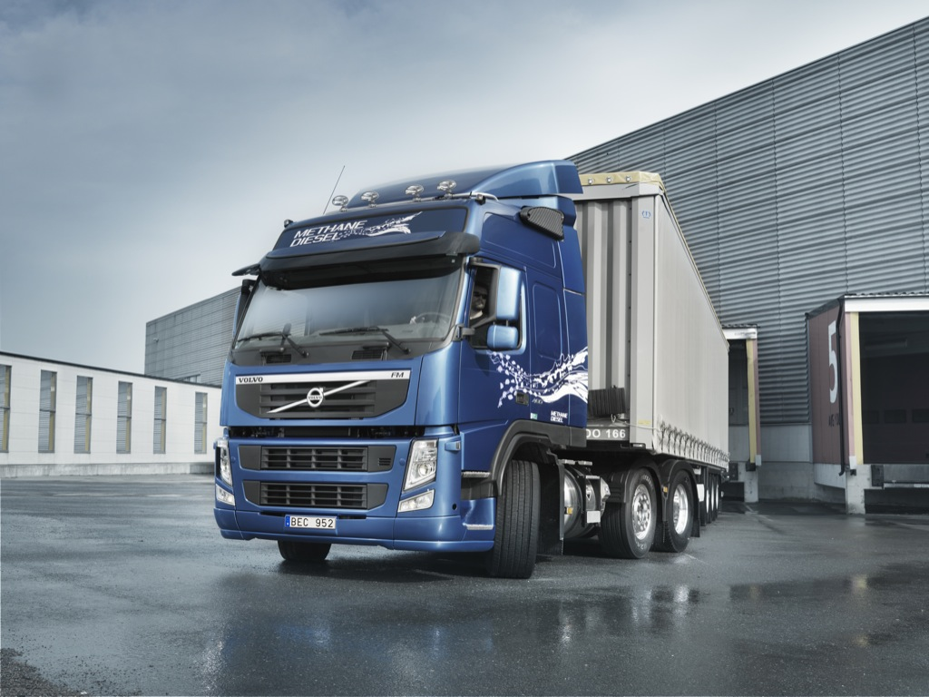 New Volvo FM MethaneDiesel Launched - autoevolution