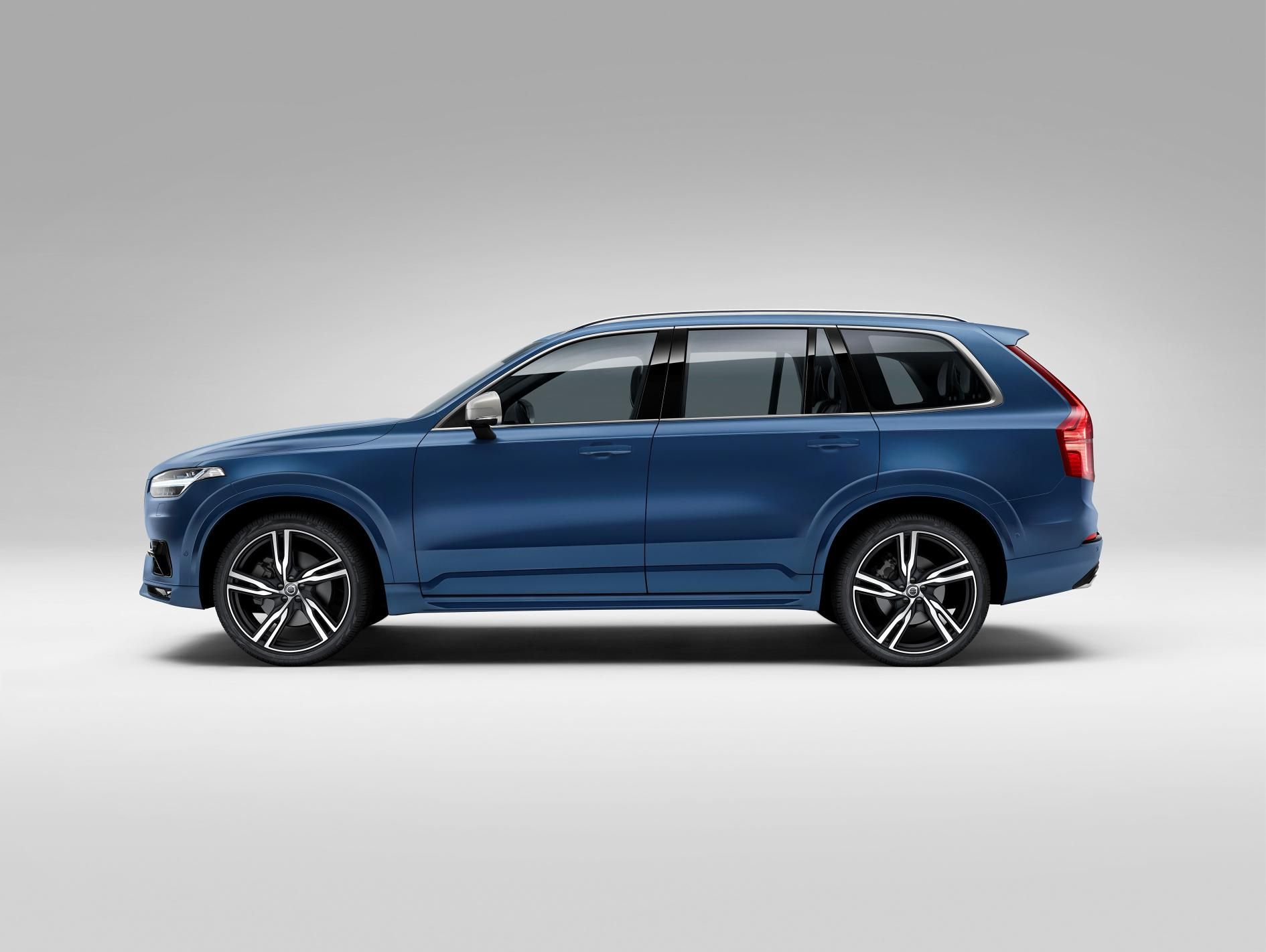 new volvo xc90 r design breaks cover autoevolution. Black Bedroom Furniture Sets. Home Design Ideas
