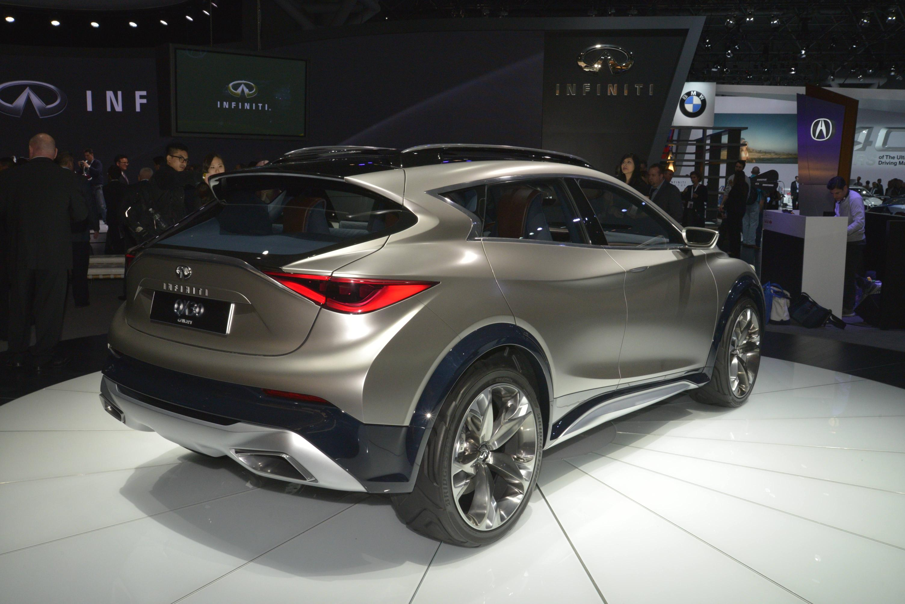 New York: Infiniti QX30 Is a City-dwelling SUV with ...