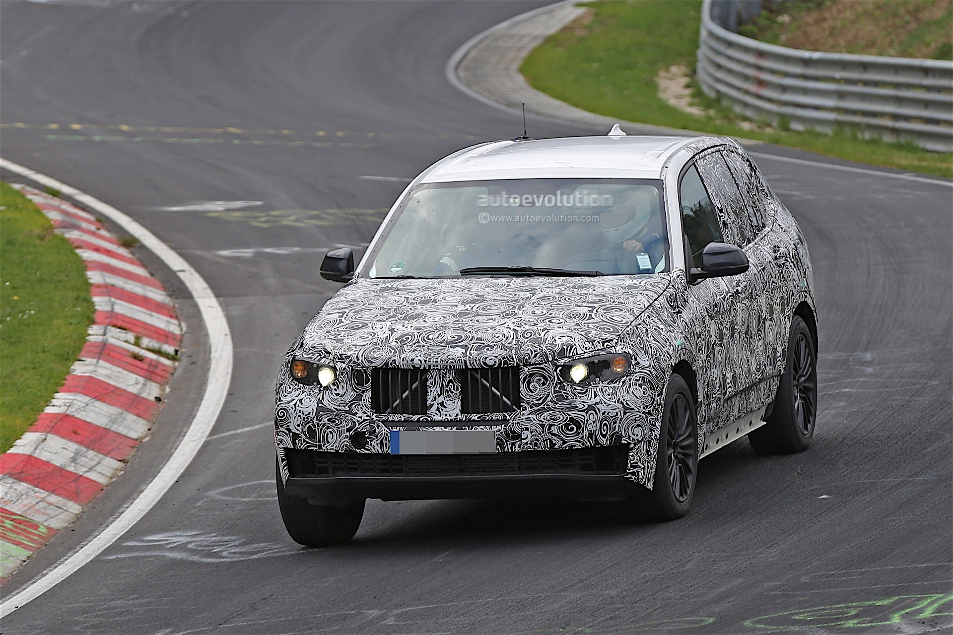 next-gen-2​019-bmw-x5​-laps-nurb​urgring-lo​oks-less-n​ose-heavy-​than-curre​nt-model_2