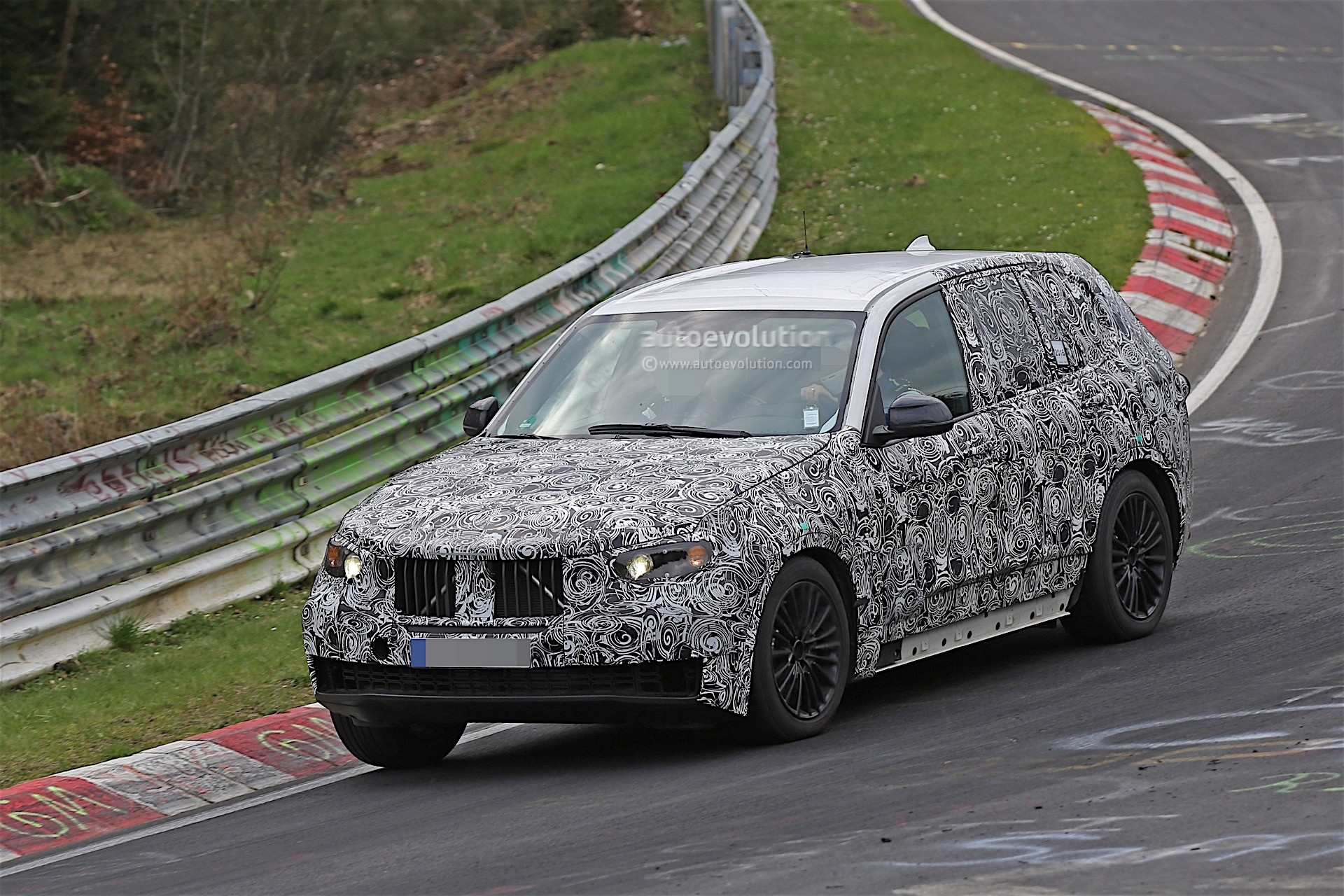 next-gen-2​019-bmw-x5​-laps-nurb​urgring-lo​oks-less-n​ose-heavy-​than-curre​nt-model_3