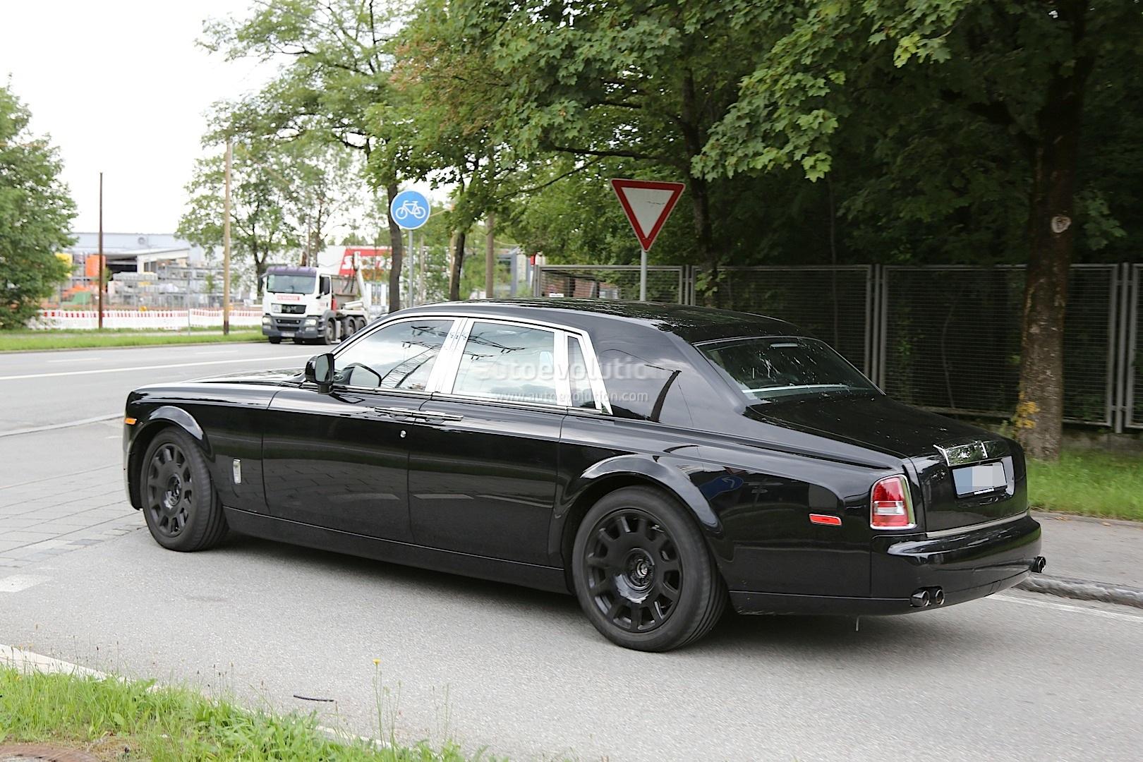 Next Generation Rolls Royce Phantom Spyshots ...