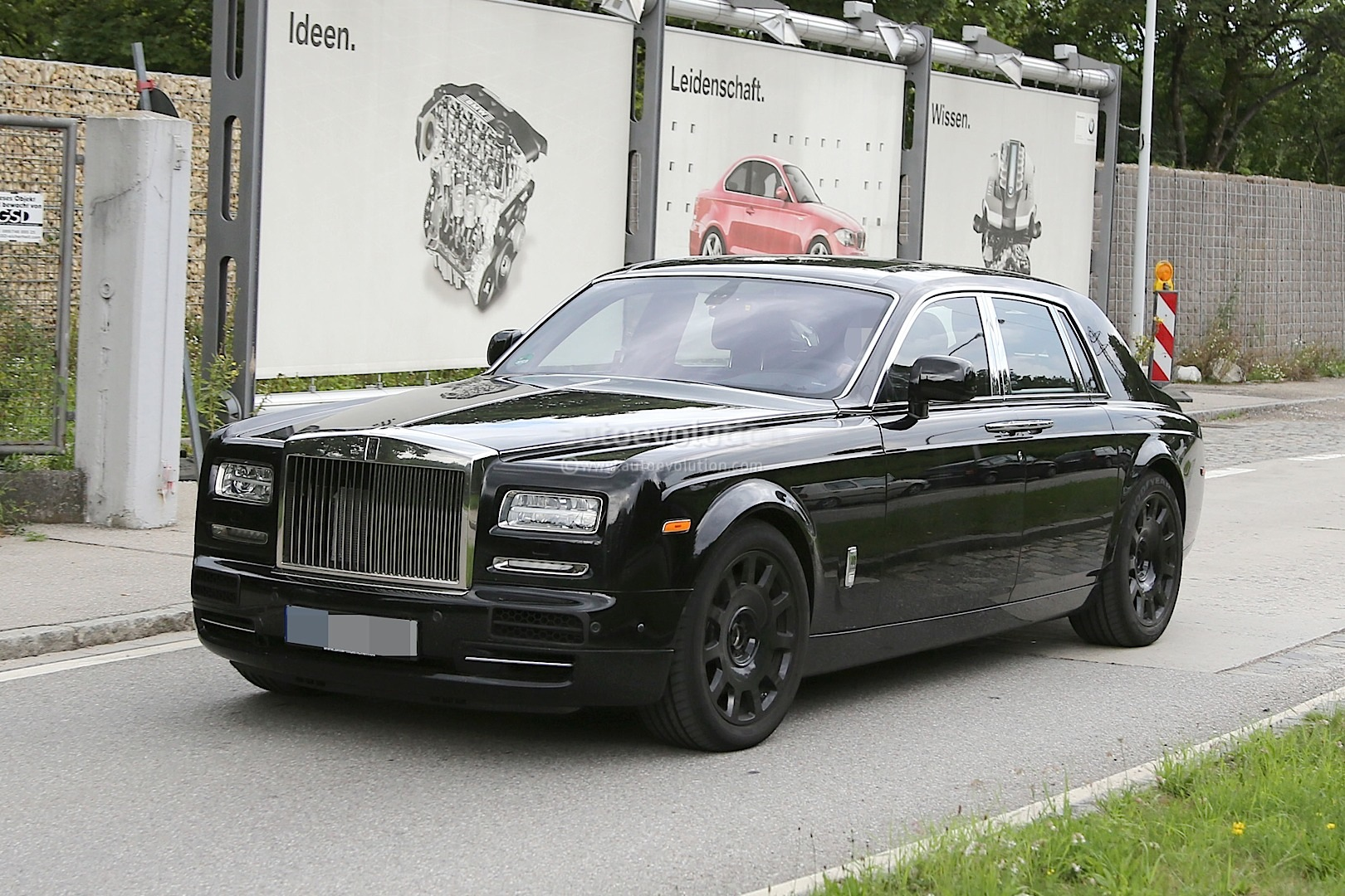 Next Generation Rolls Royce Phantom Interior Spied For The