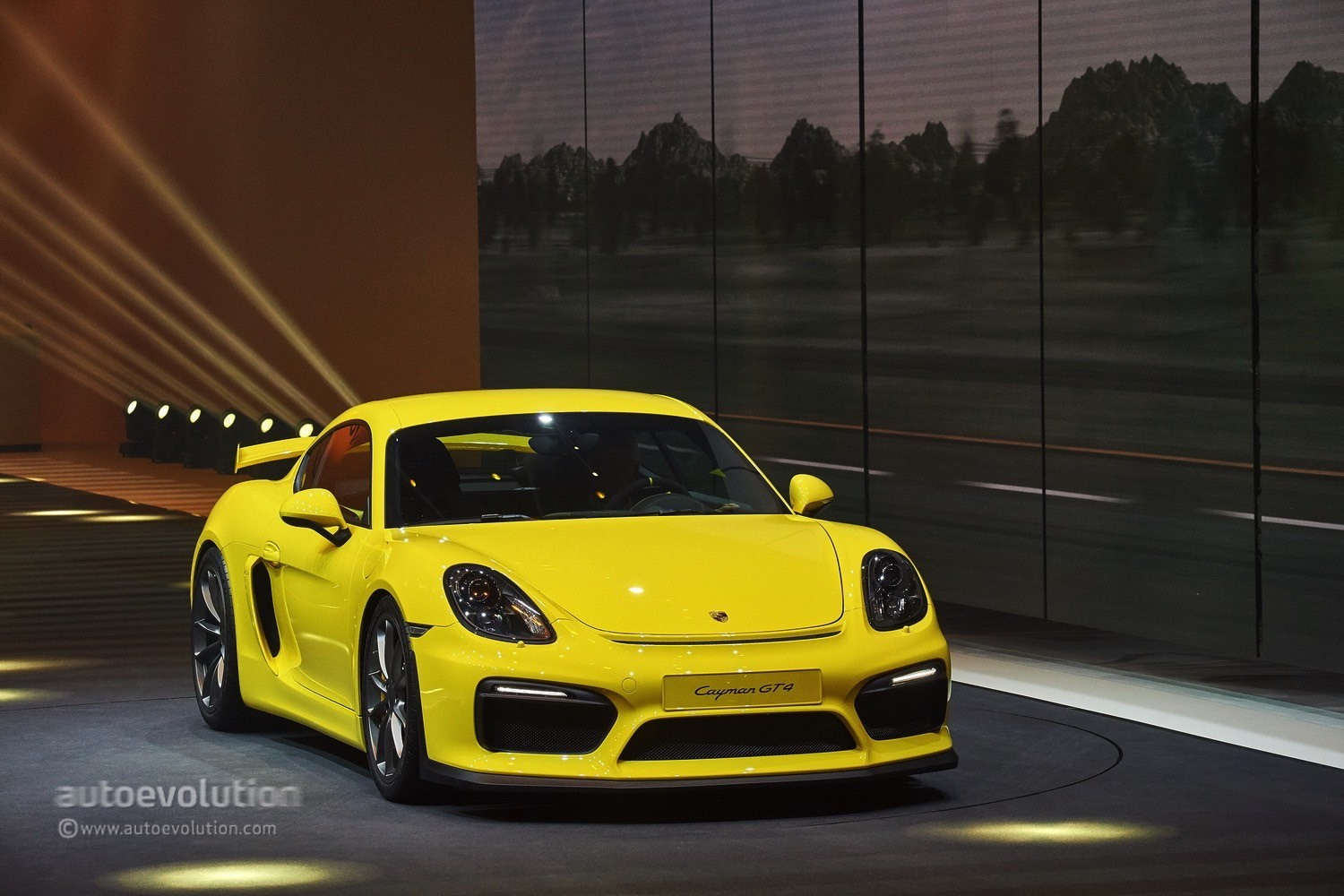 next porsche cayman gt4 to be powered by downtuned 2018. Black Bedroom Furniture Sets. Home Design Ideas
