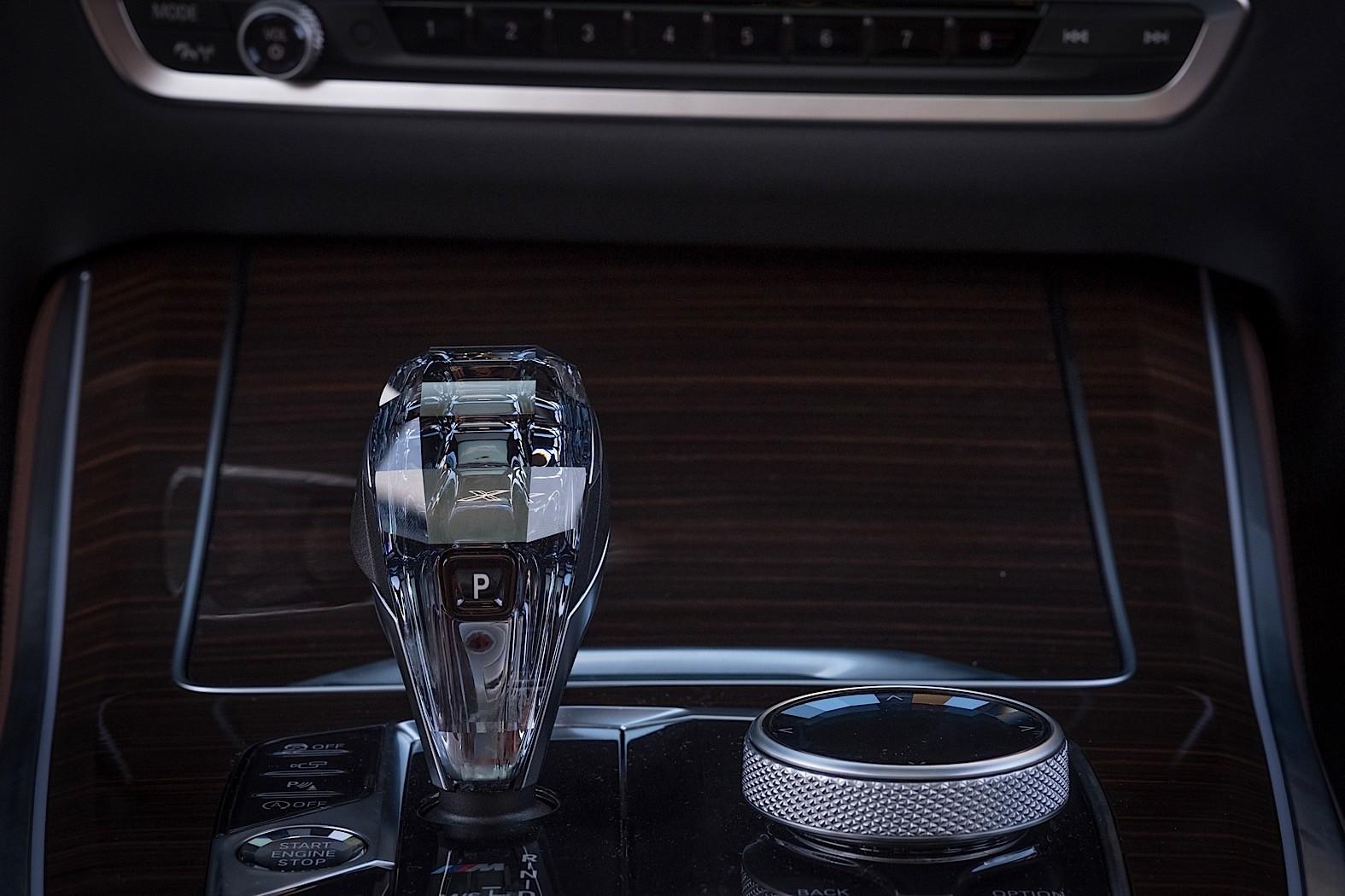 2018 Bmw X Bmw X5 >> Nine Ways in Which The 2019 BMW X5 (G05) Demolishes The BMW X5 (F15) - autoevolution