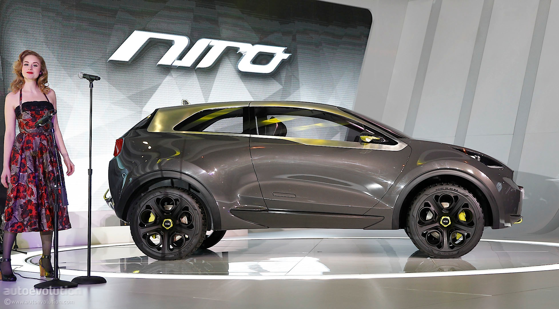 Niro Concept Previews Kia S Paceman At Chicago Auto Show