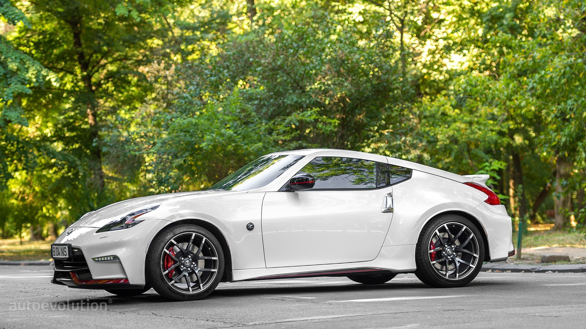Patrol Nismo >> Nissan 370Z Replacement Being Shown in Tokyo With 2017 GT-R Styling - autoevolution