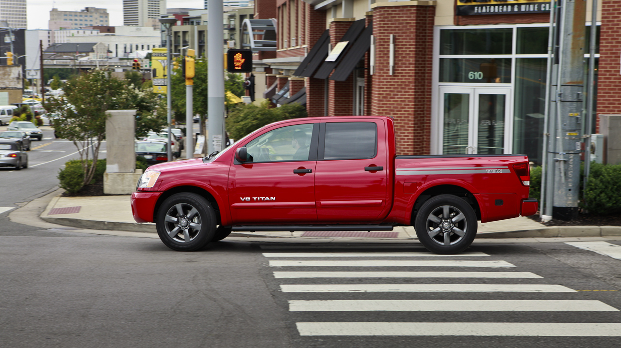 Nissan Frontier Titan Get Sport Appearance Packages For