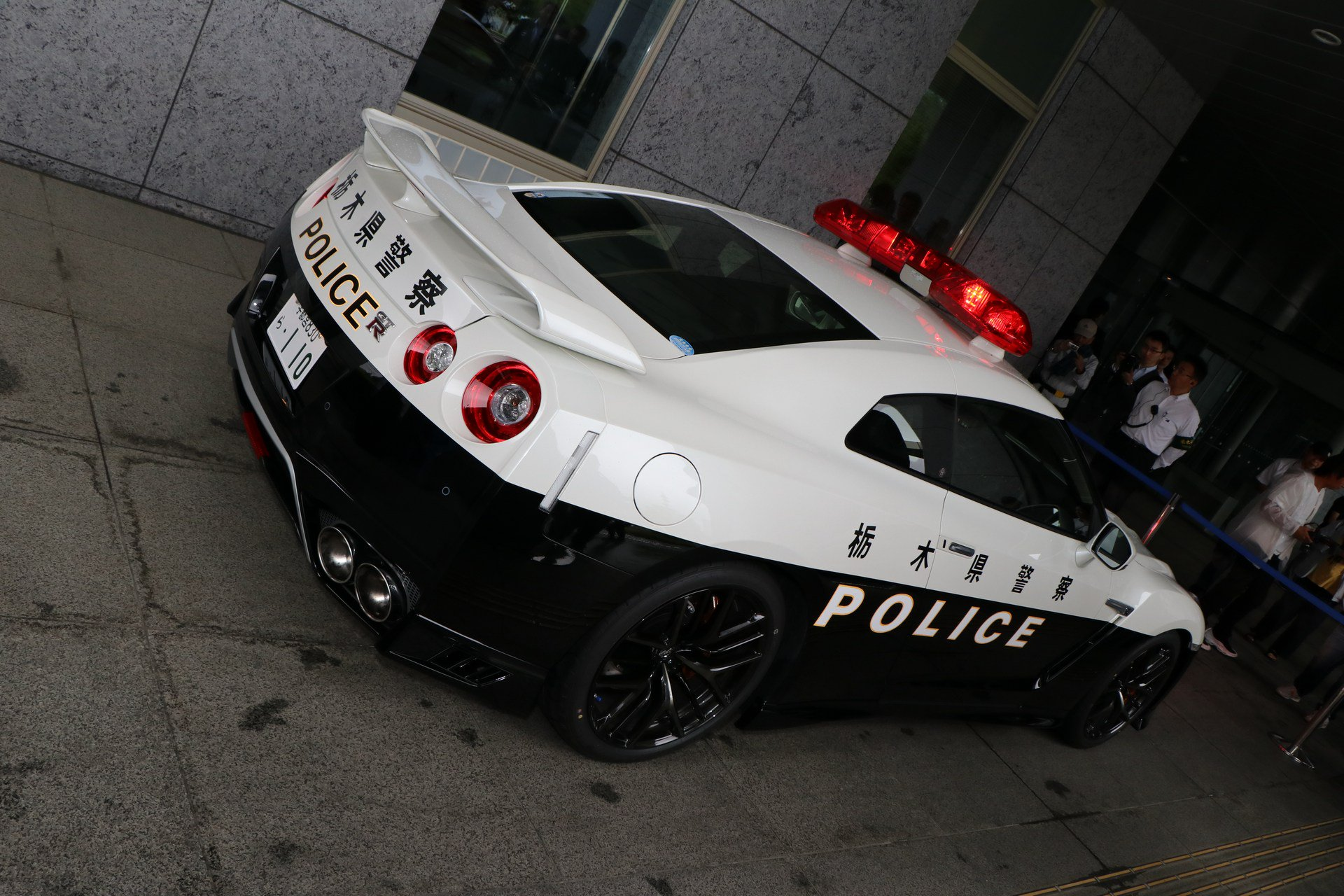 nissan gt r drift car with exposed rear mounted turbos. Black Bedroom Furniture Sets. Home Design Ideas