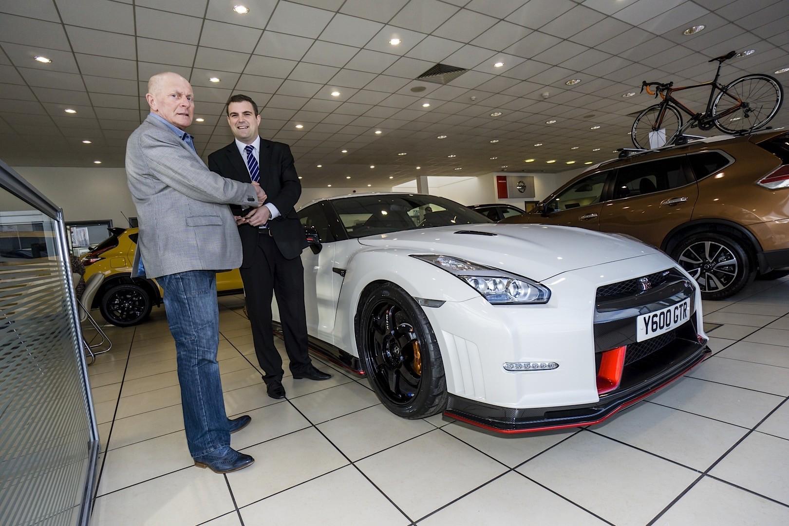 ... Nissan GT-R Nismo UK Client handover ...