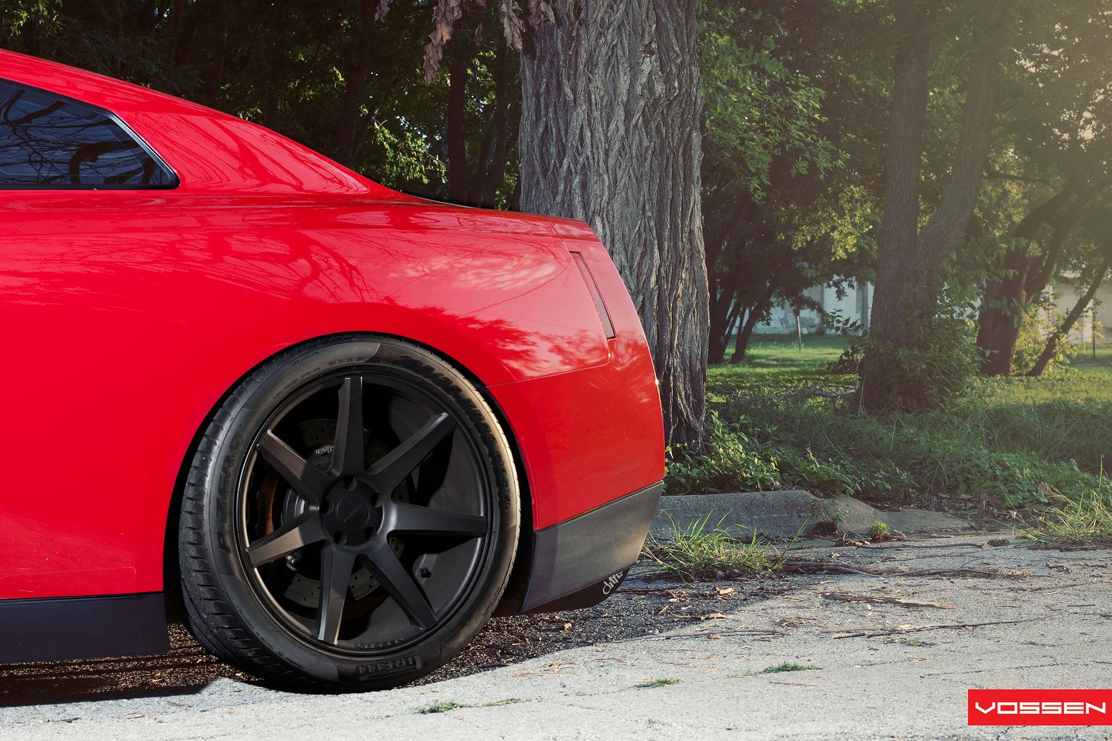 Nissan GT-R Gets Snazzy on Vossen Wheels [Photo Gallery]