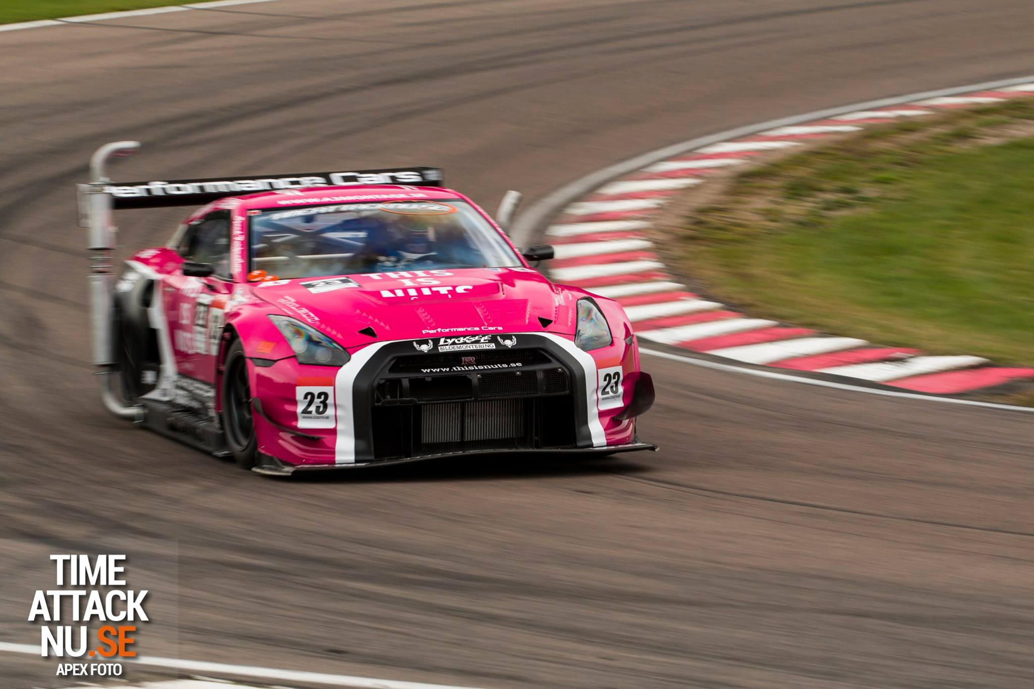 Nissan Gt R Racecar Competes With Random Exhaust Pipes To Meet
