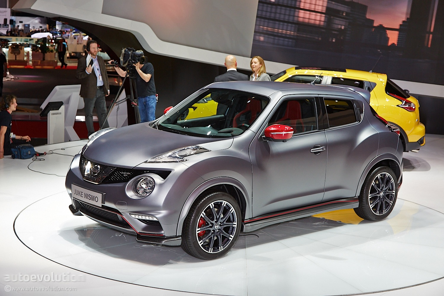 Nissan Juke Nismo Rs Facelift Debuts In Geneva With 218 Hp