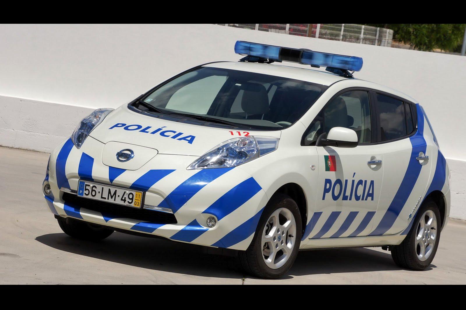 nissan leaf ready for police duty in portugal autoevolution. Black Bedroom Furniture Sets. Home Design Ideas