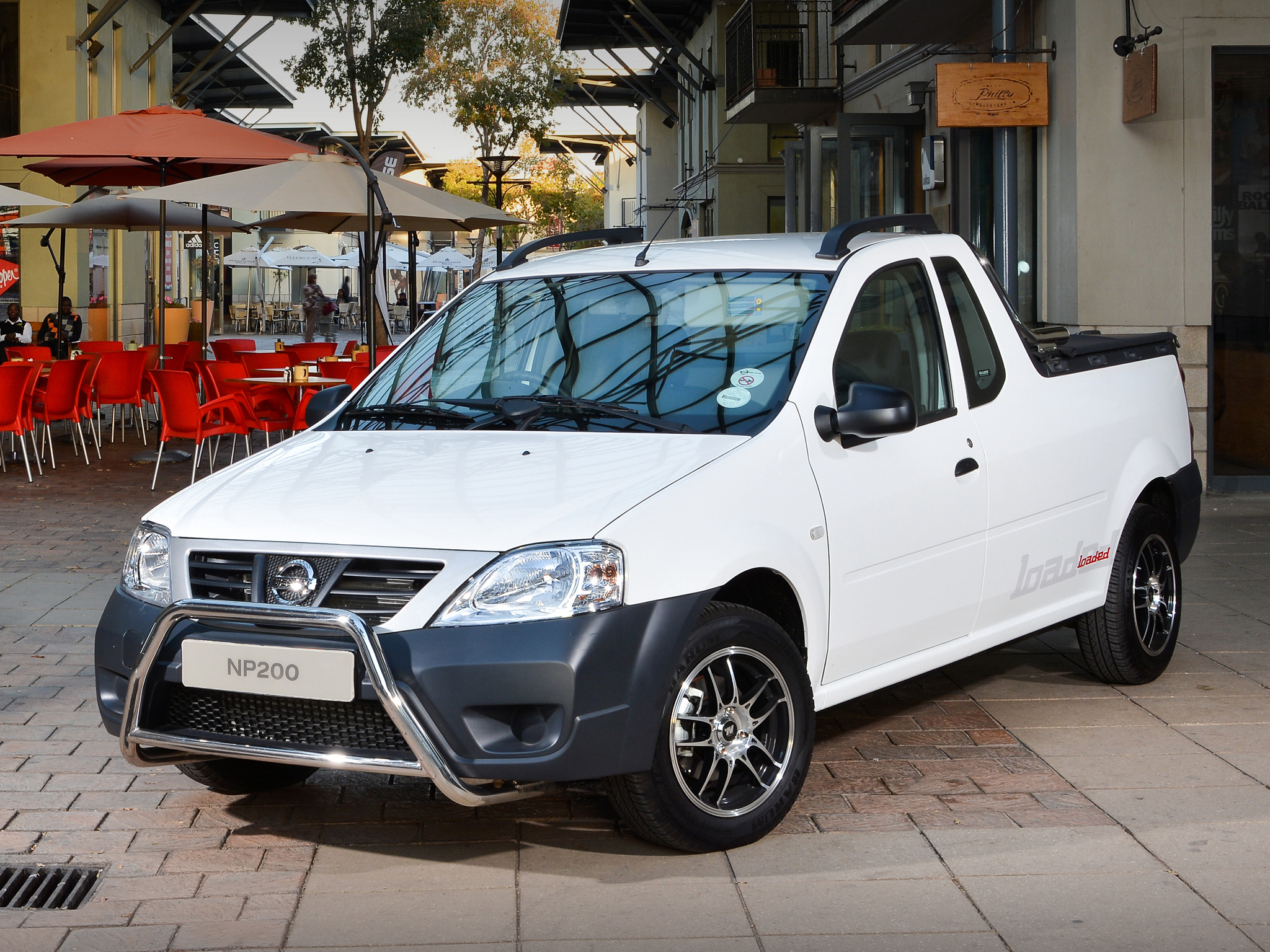 nissan np200 is a dacia logan pick up in south africa autoevolution. Black Bedroom Furniture Sets. Home Design Ideas