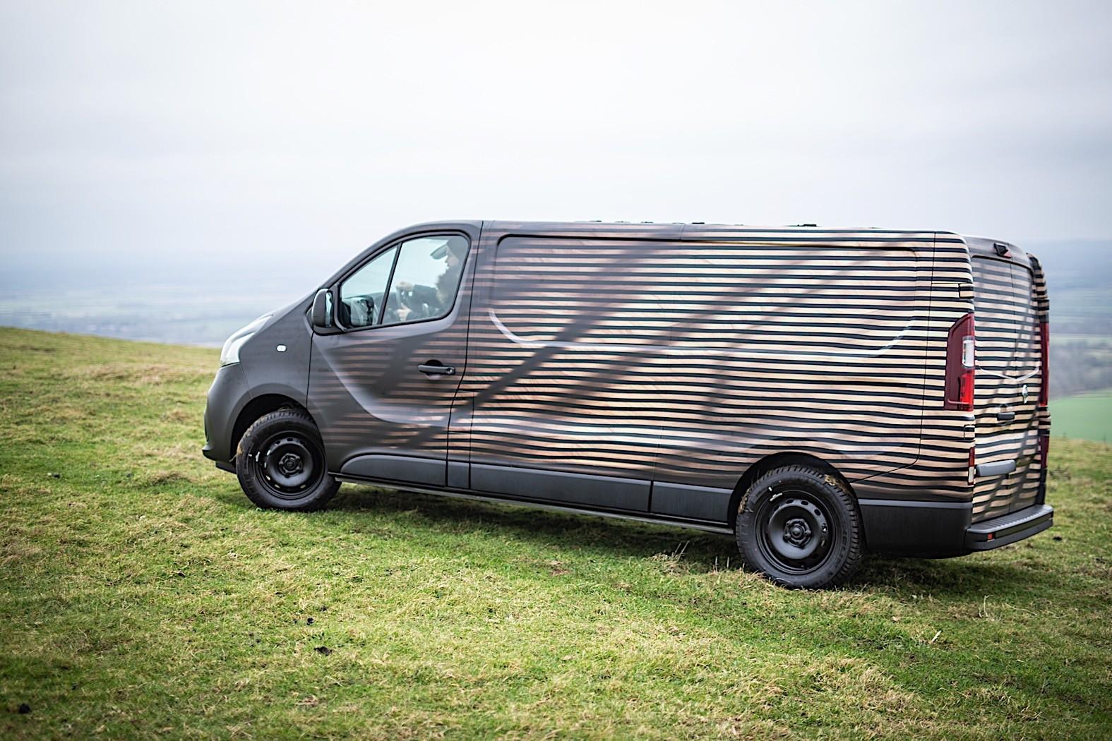 nissan nv300 concept shows what a van a garage and some. Black Bedroom Furniture Sets. Home Design Ideas