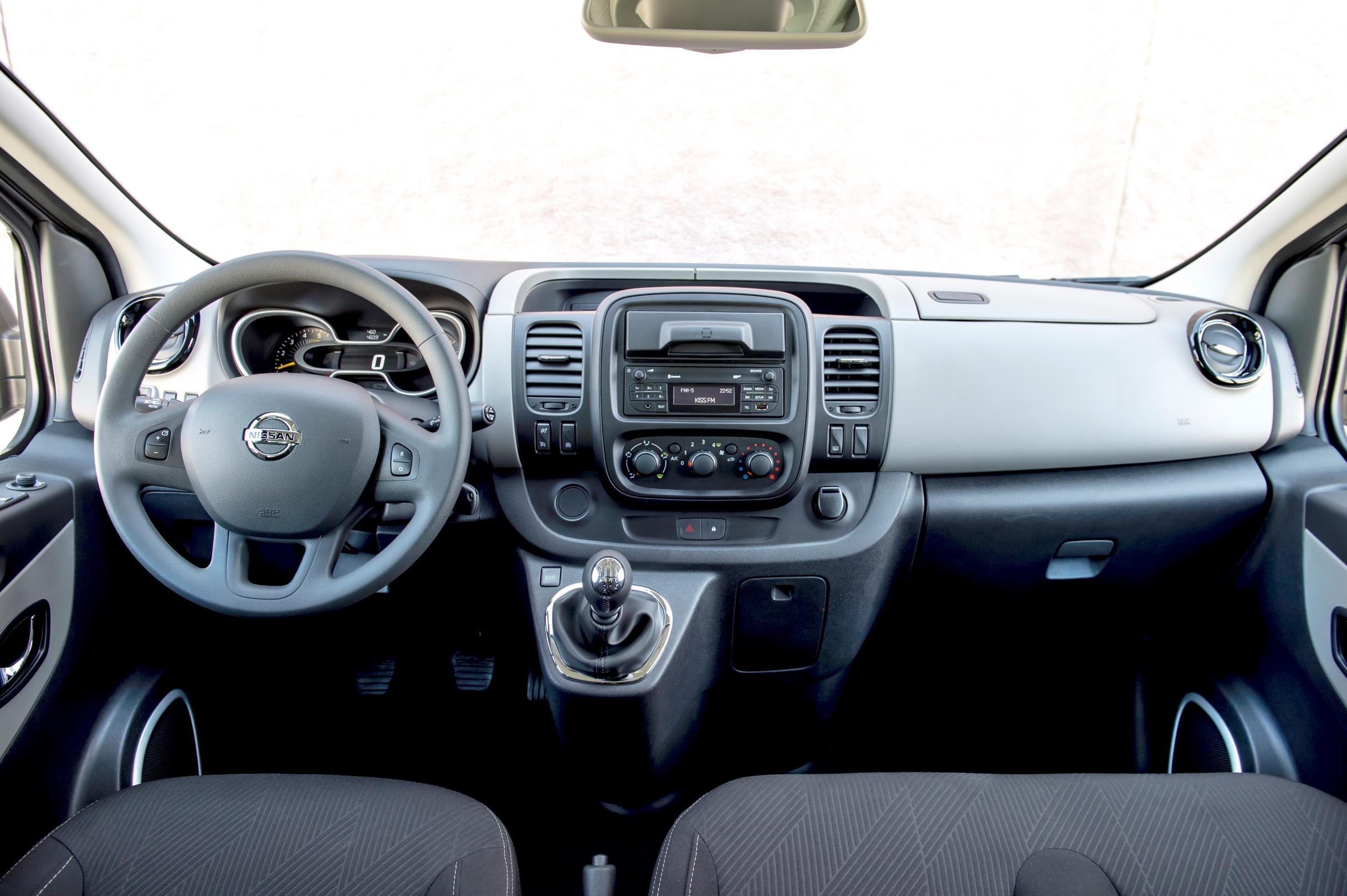 2017 Nissan Nv300 Replaces Primastar Van Autoevolution