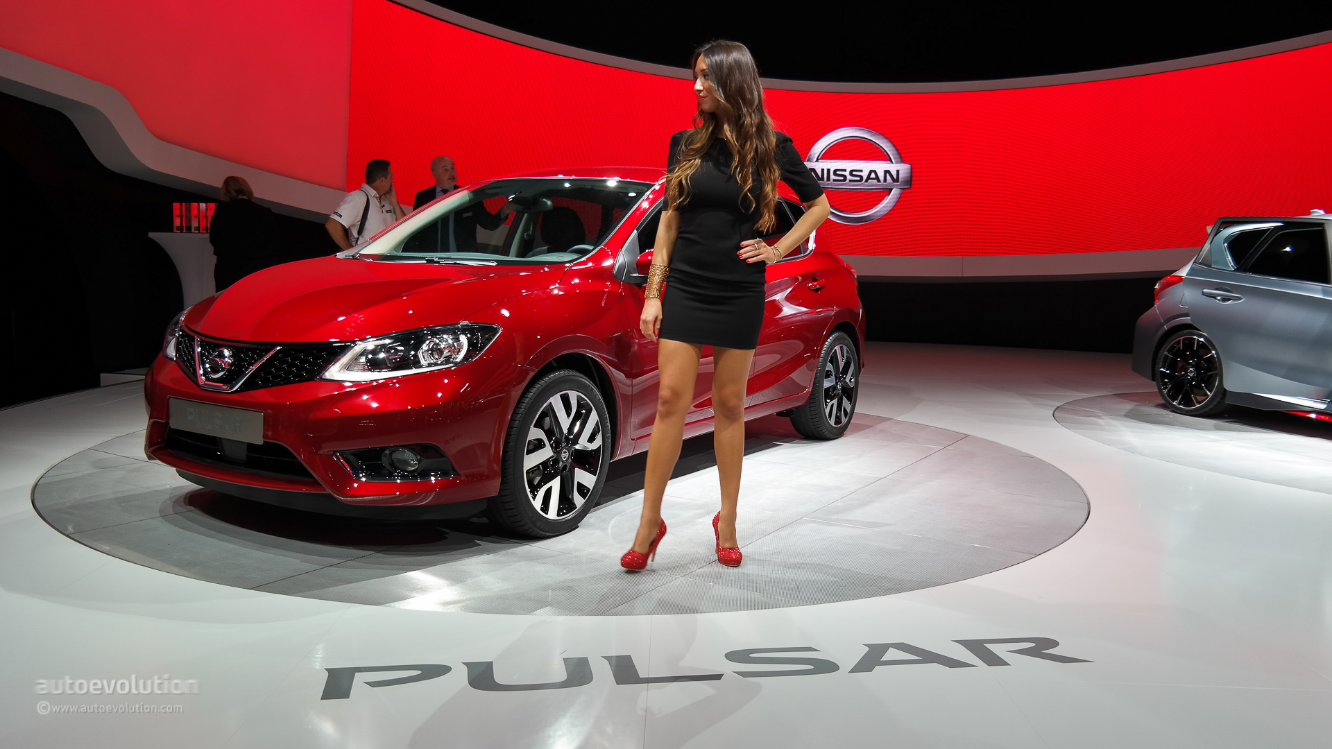Nissan Pulsar Completes The Company S Line Up At Paris