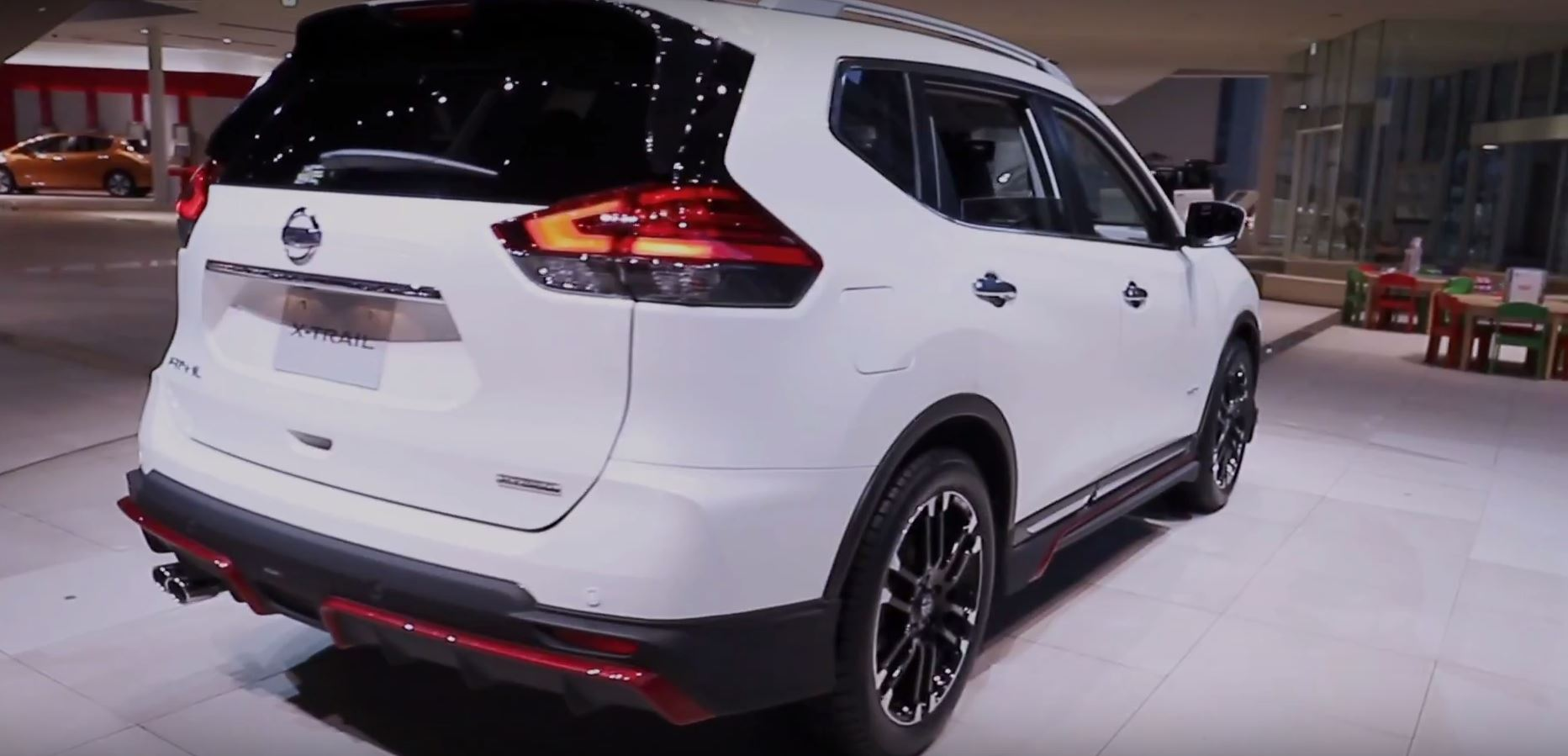 A furthermore Nissan Rogue Gets Nismo Body Kit In Japan During X Trail Mid Life Facelift further Fds further Lb A F C A A Beb Ec further B Ab Ce Z. on ford n series tractor