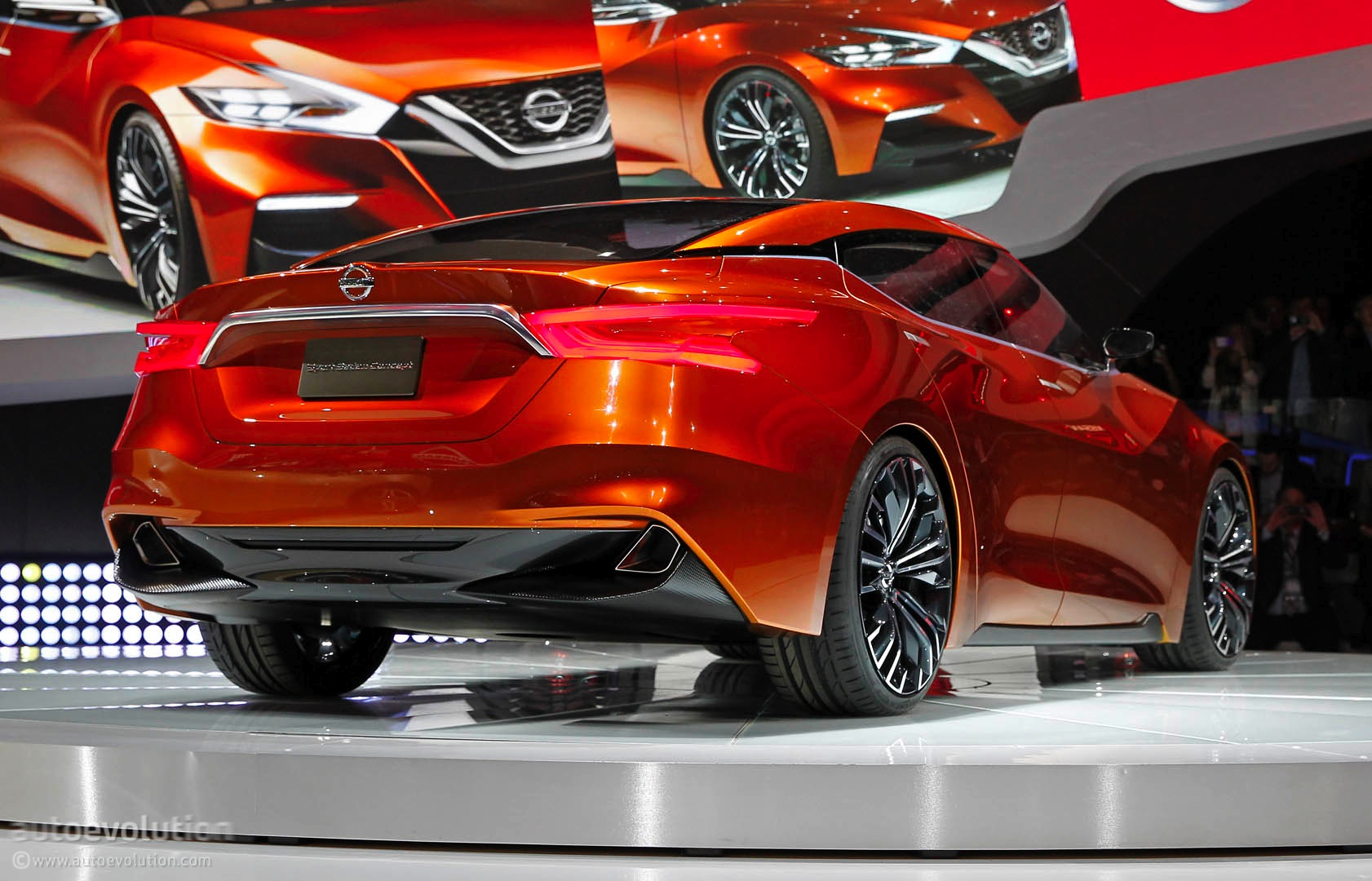 New Nissan Maxima >> Nissan Sport Sedan Concept Previews the 2016 Maxima [Live Photos] - autoevolution