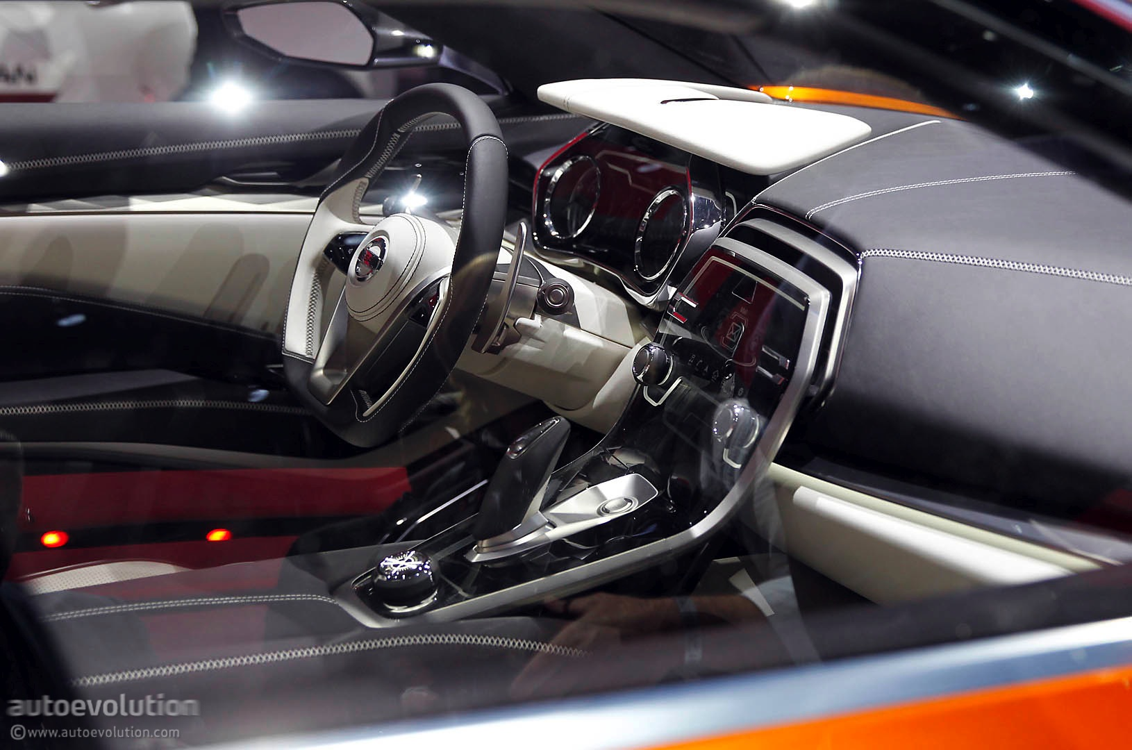 Nissan Sport Sedan Concept Previews the 2016 Maxima Live Photos