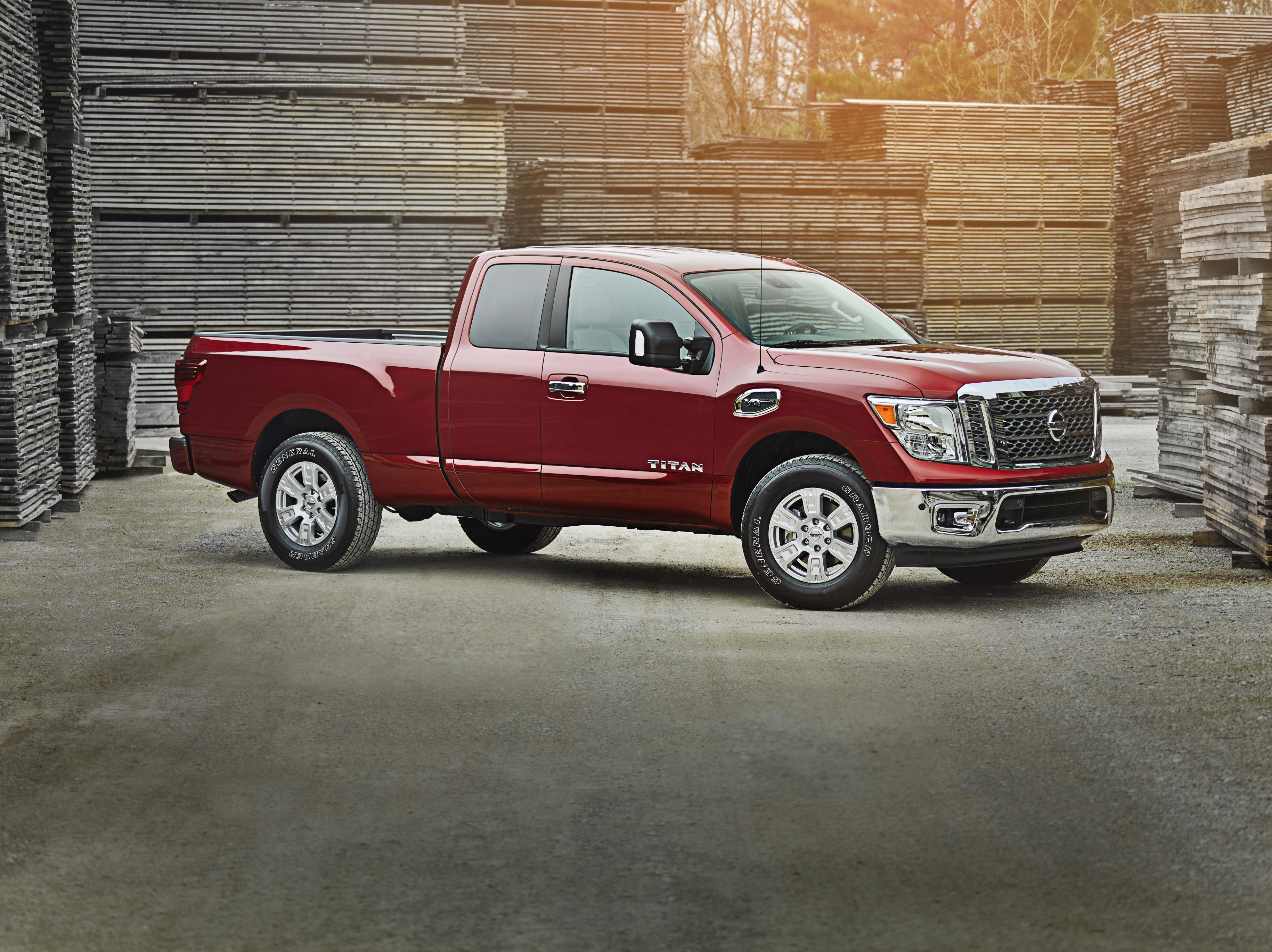 2017 Nissan Titan King Cab Joins Crew Cab And Single Cab ...