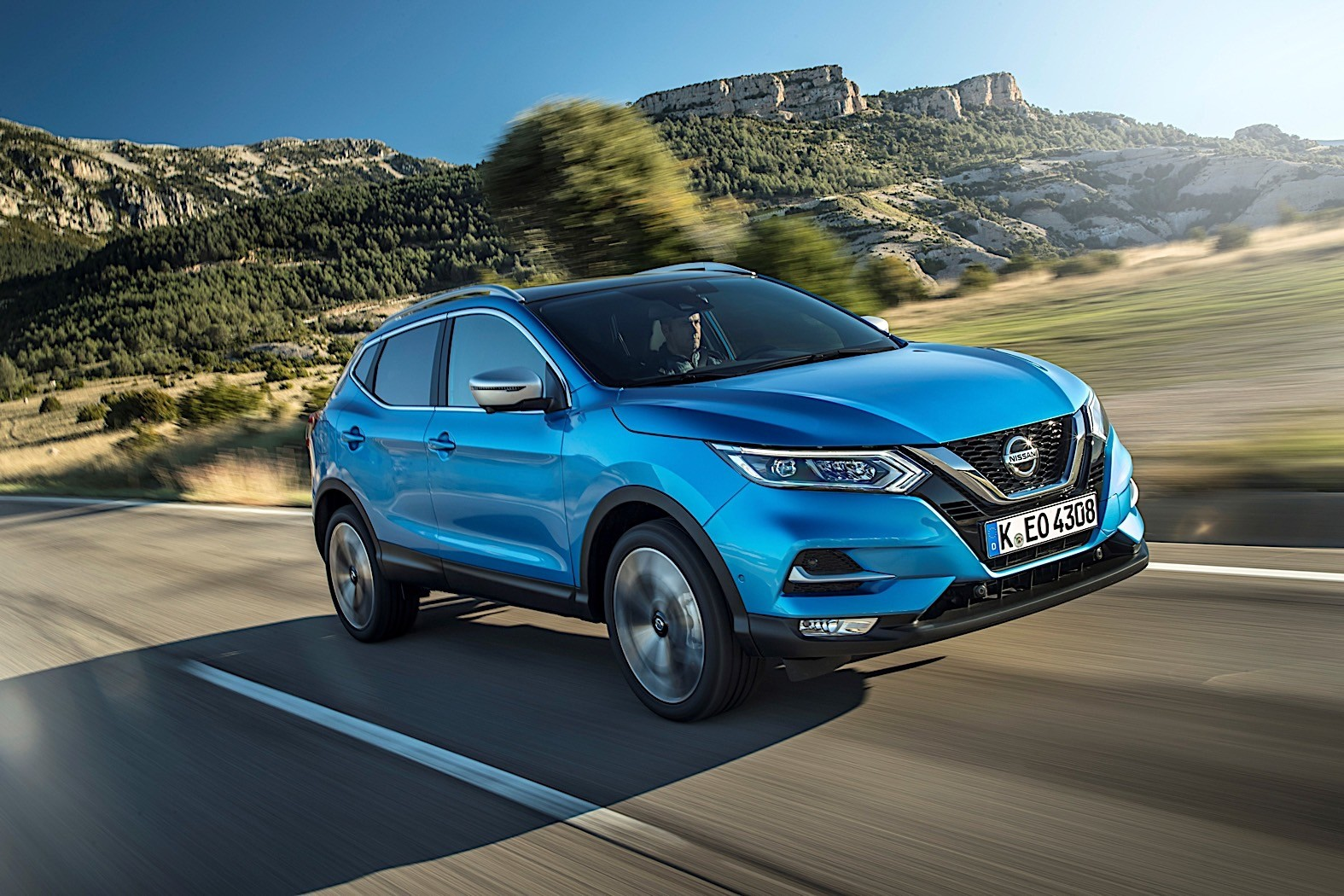Nissan Updates Qashqai With Mercedes Engine, New ...