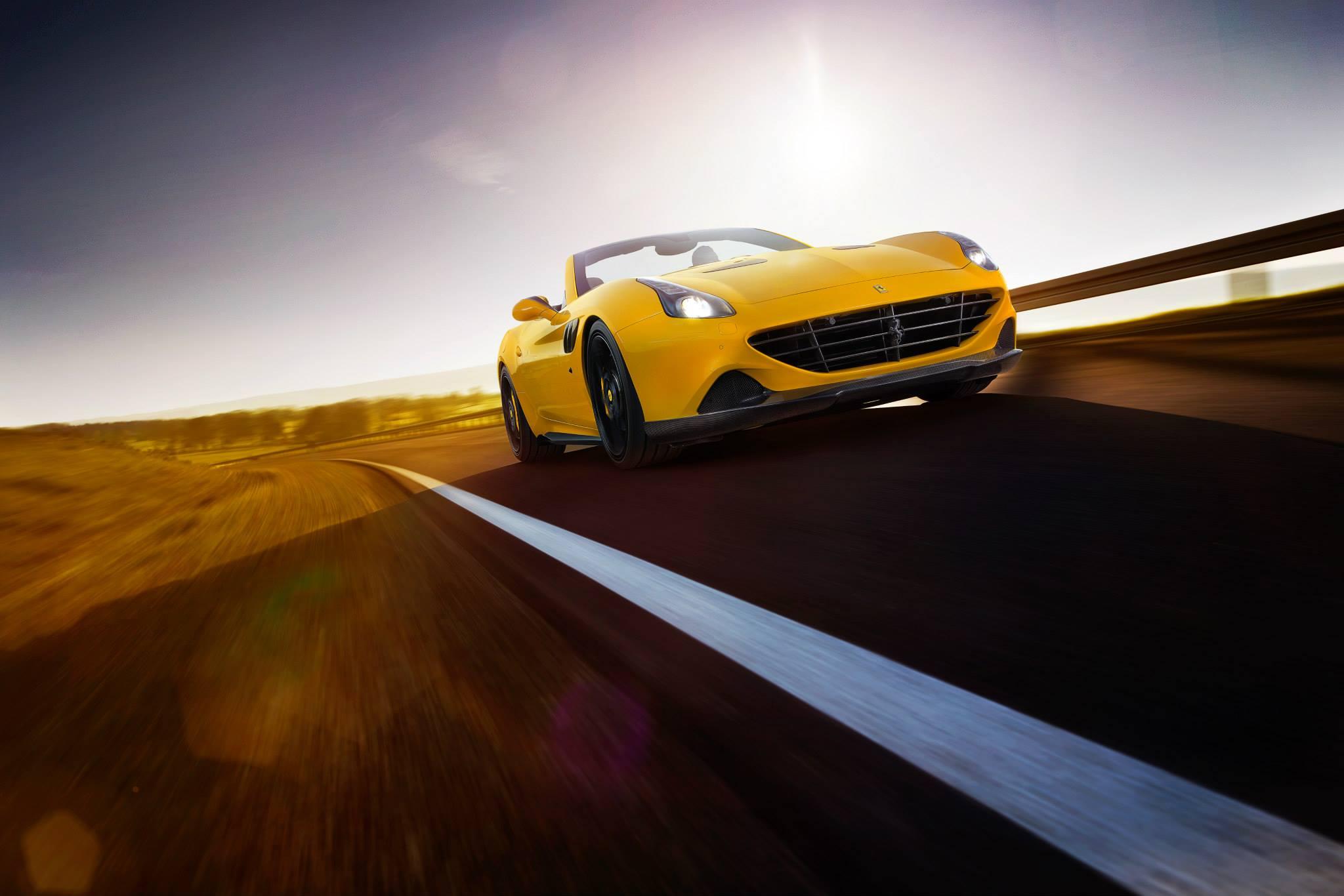 Ferrari закат дорога без смс
