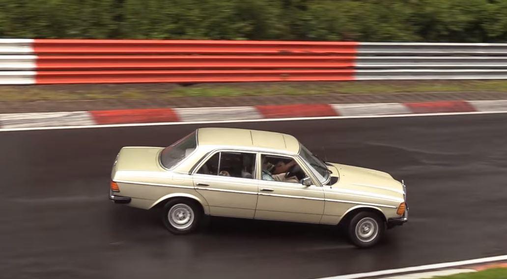 Nurburgring Crash Of W123 Mercedes Benz Oldtimer Is Wet Slow Motion