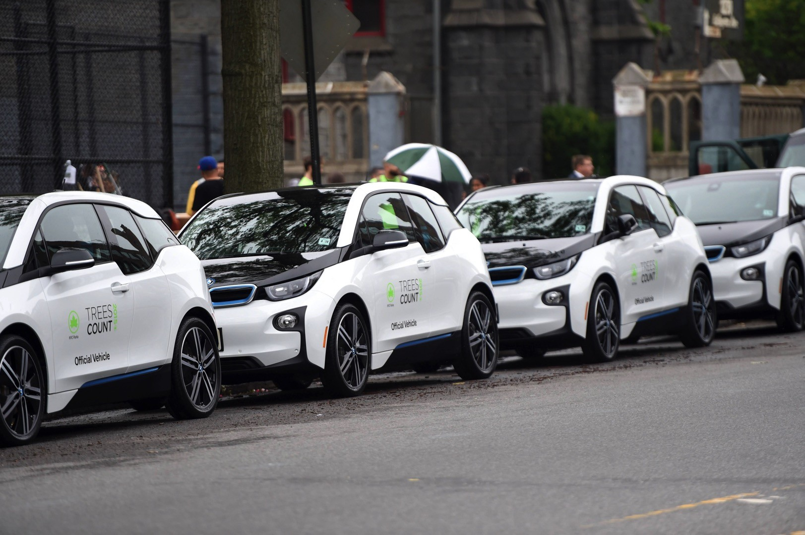 Nyc Parks Receives 20 New Bmw I3 Vehicles For 2015 Treescount Census Autoevolution