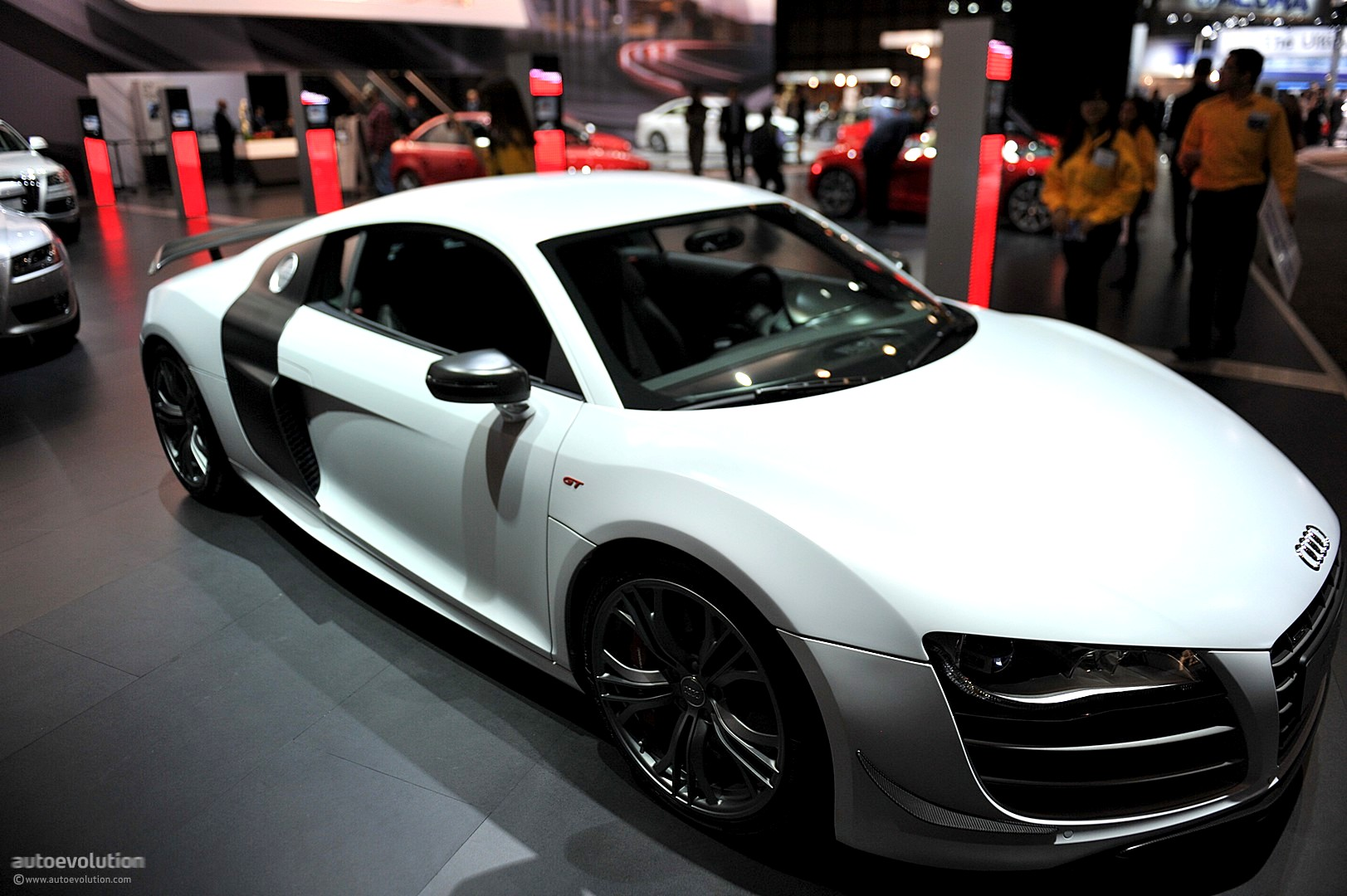 nyias 2011 audi r8 gt live photos autoevolution. Black Bedroom Furniture Sets. Home Design Ideas