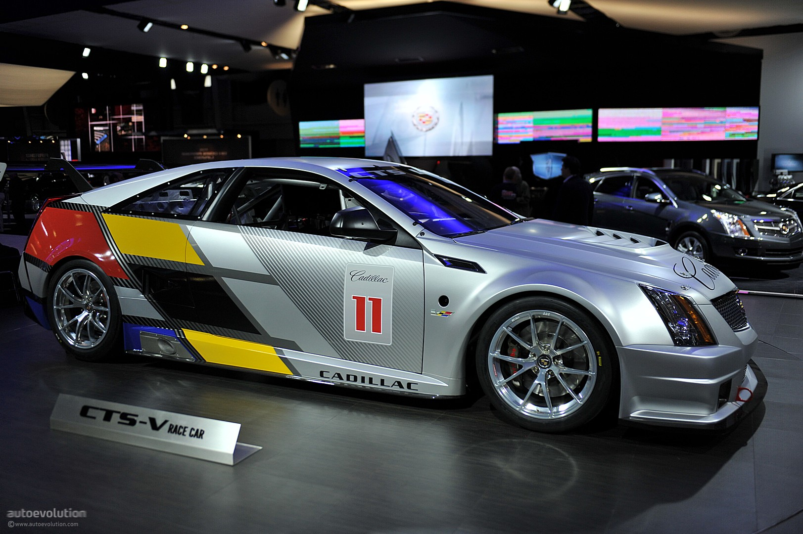 NYIAS 2011: Cadillac CTS-V Race Car [Live Photos ...