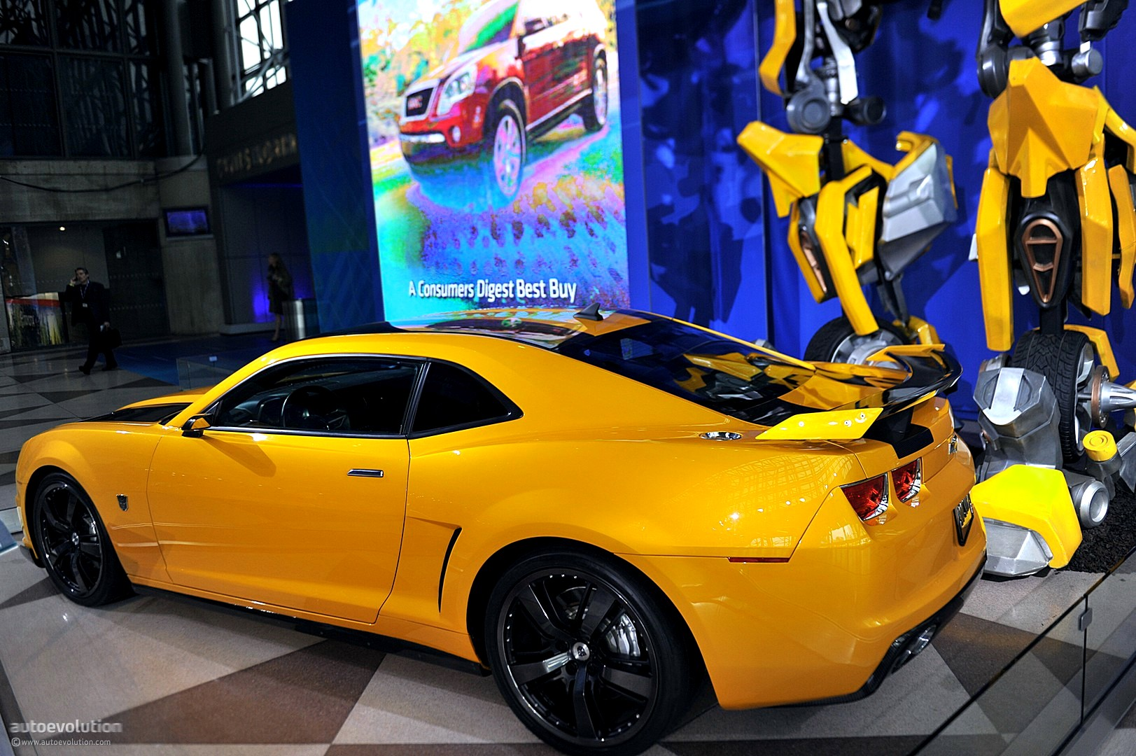 NYIAS 2011 Camaro Bumblebee As Seen In Transformers 3