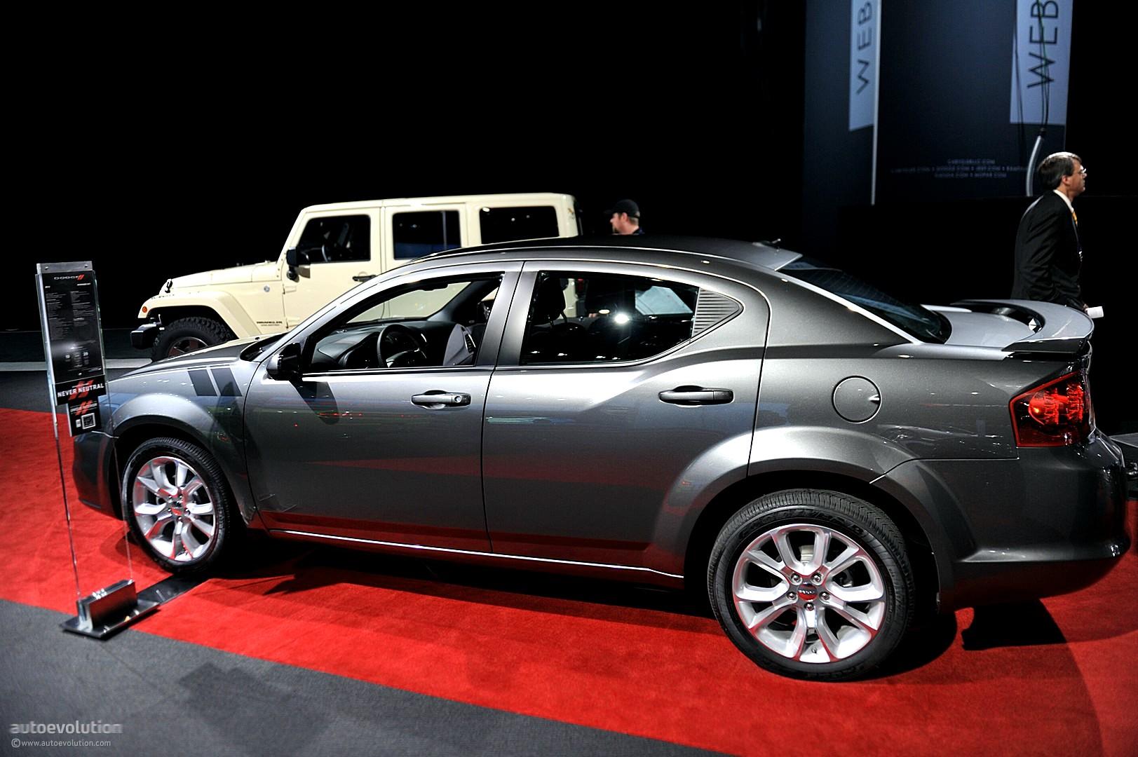 Nyias 2011 Dodge Avenger R T Live Photos Autoevolution