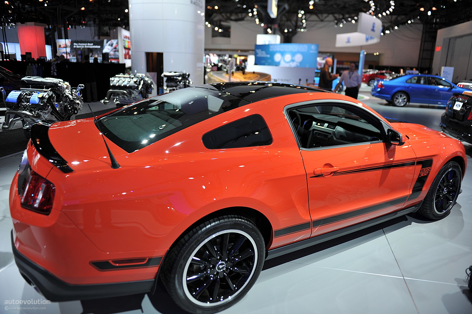 Nyias 2011 Ford Mustang Boss 302 Live Photos